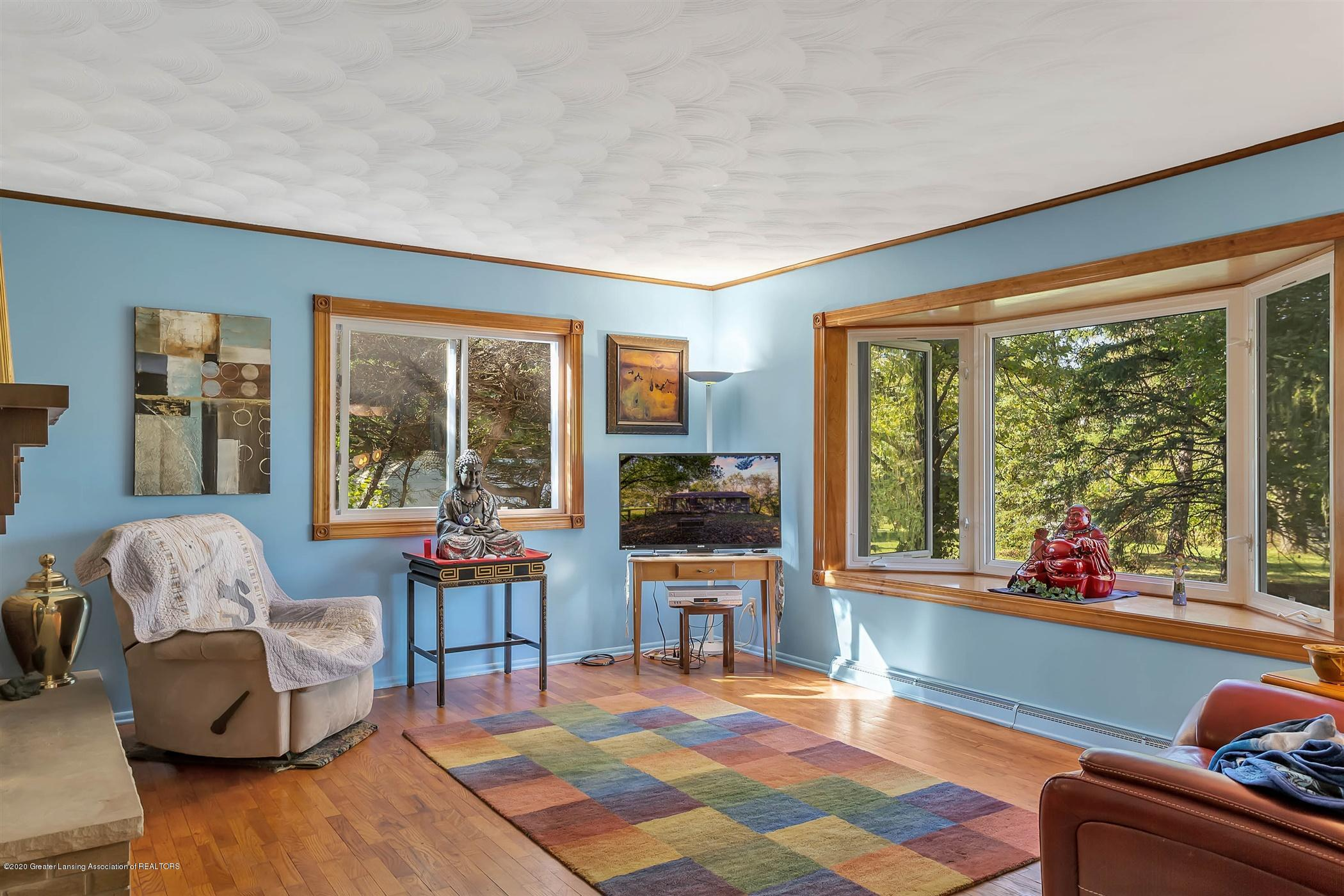 5110 E Clark Rd - 09-5110 Clark Rd-WindowStill-Real-E - 9