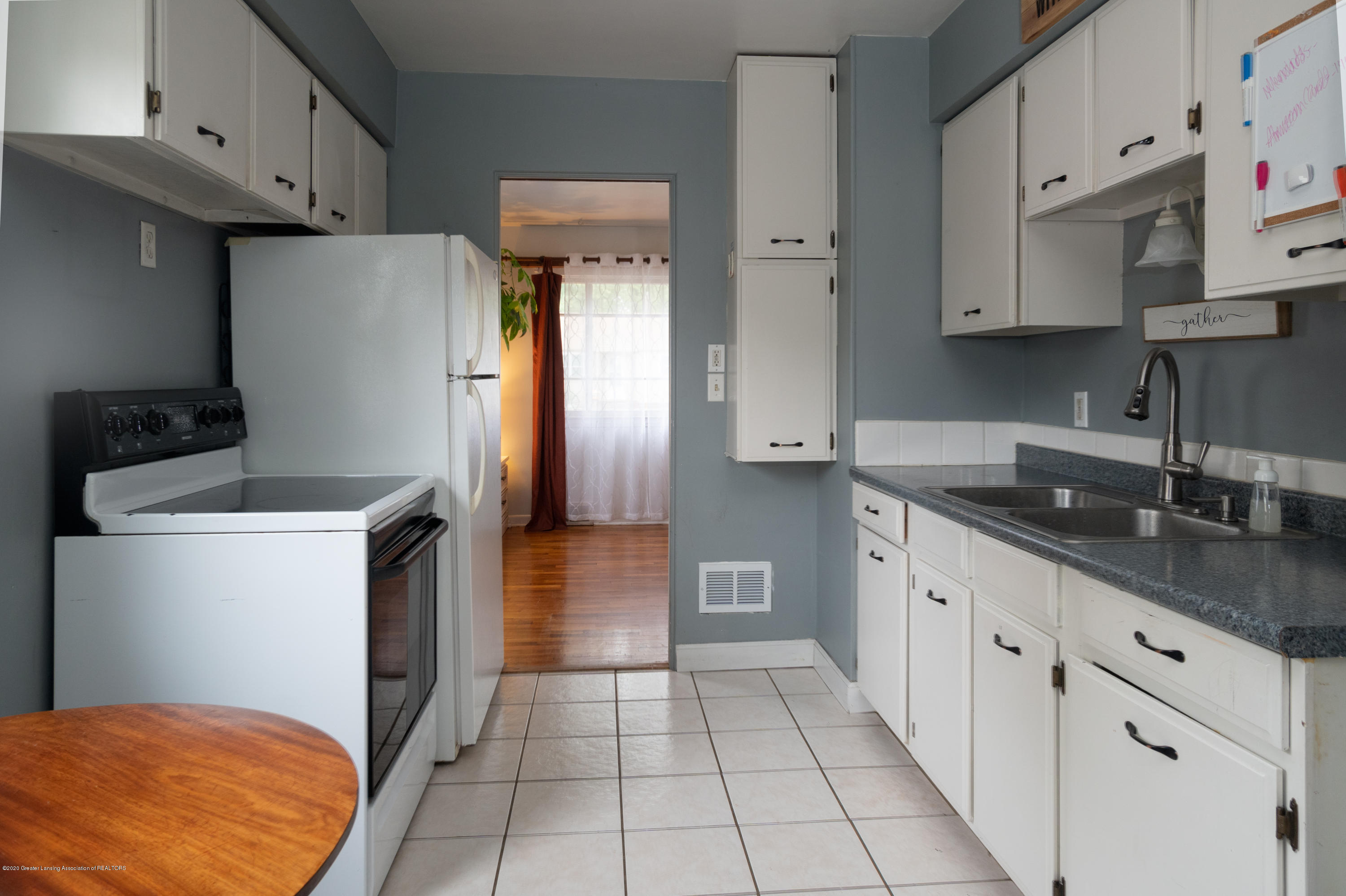3535 Homewood Ave - kitchen - 4