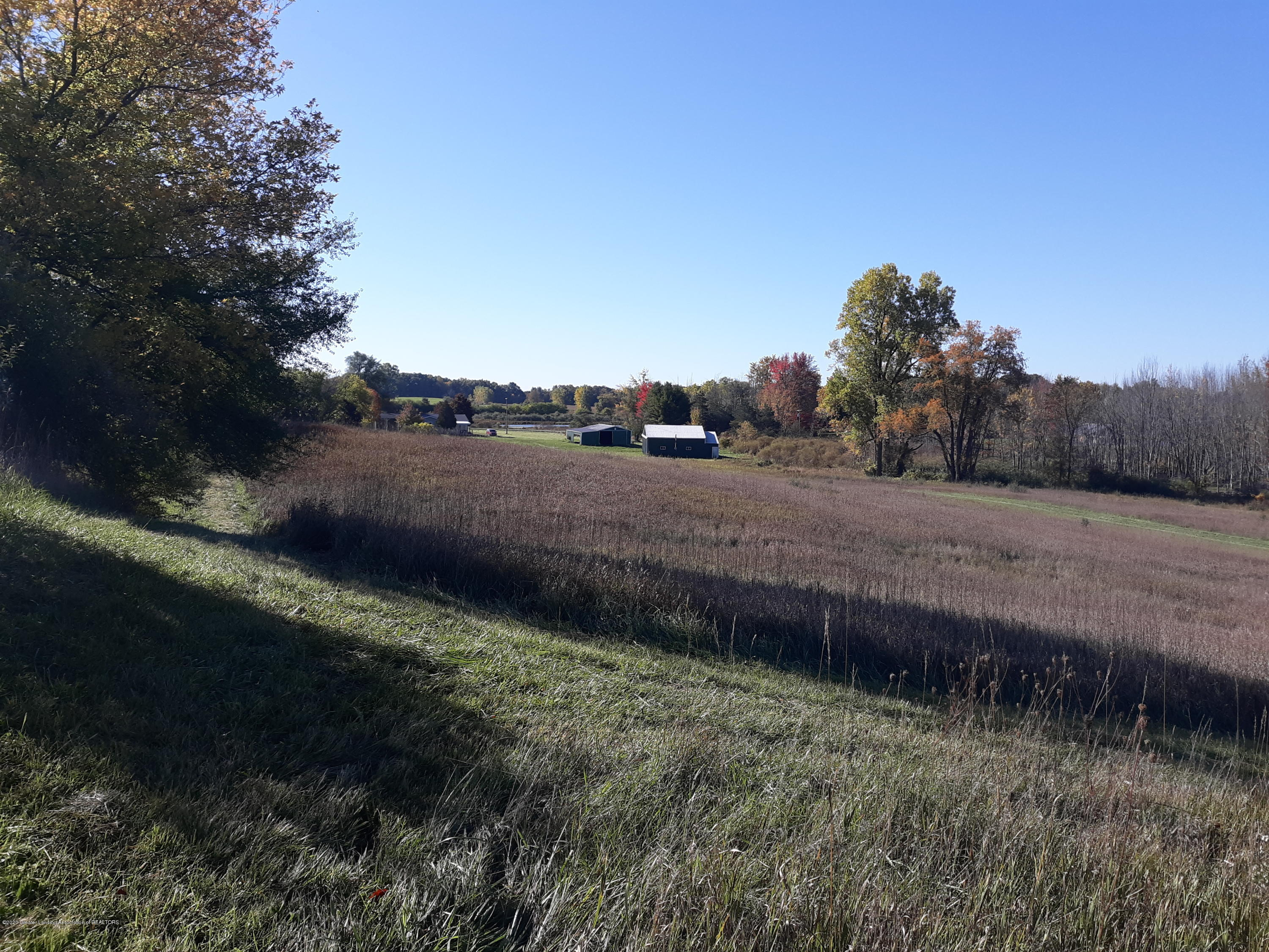 865 Barry Rd - Viewing almost 16 acres - 60