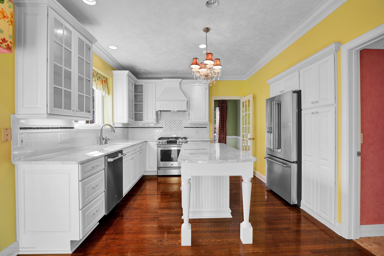 6143 E Longview Dr - kitchen full view - 12