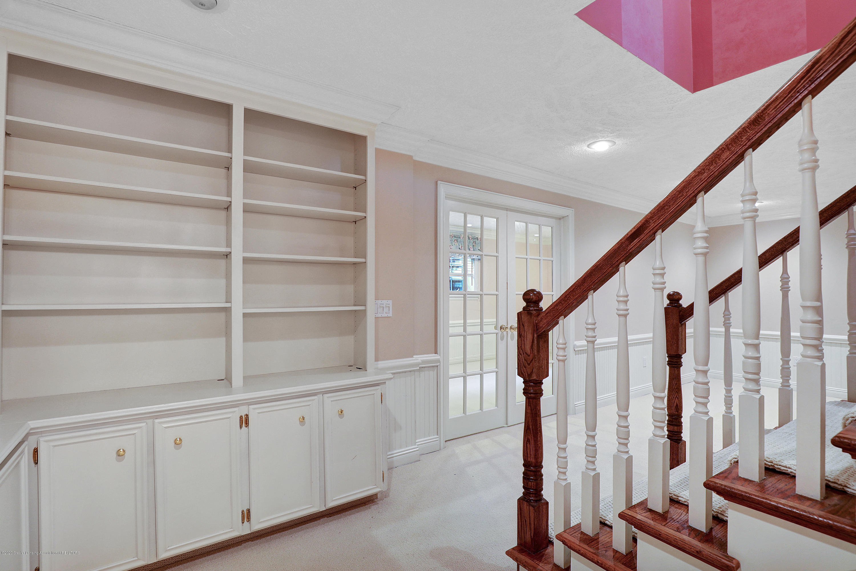 6143 E Longview Dr - lower level stairs - 29