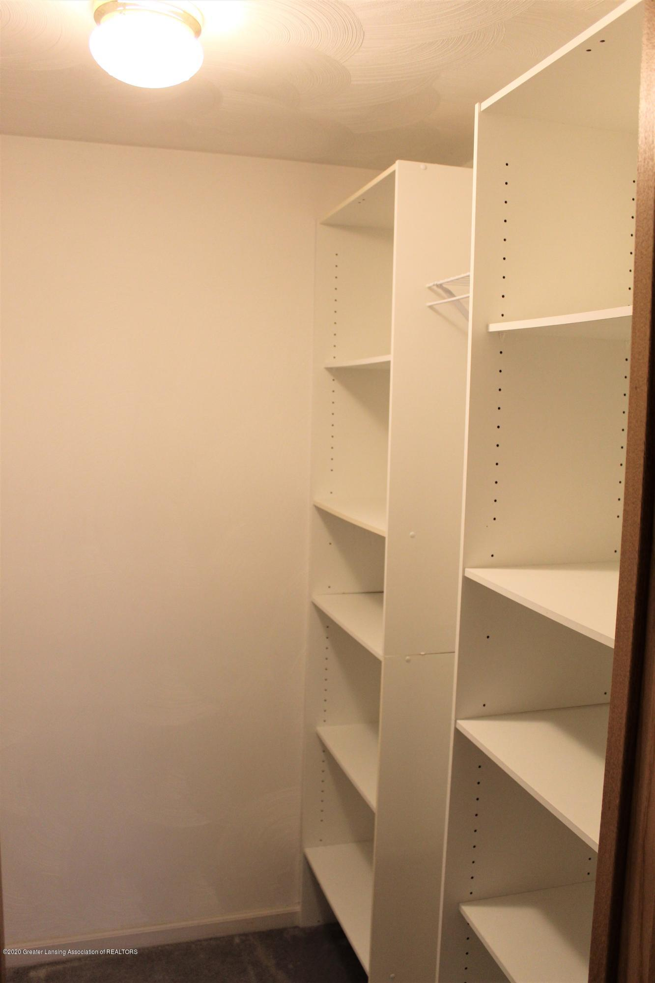 7682 Laingsburg Rd - HIS AND HER CLOSETS - 36