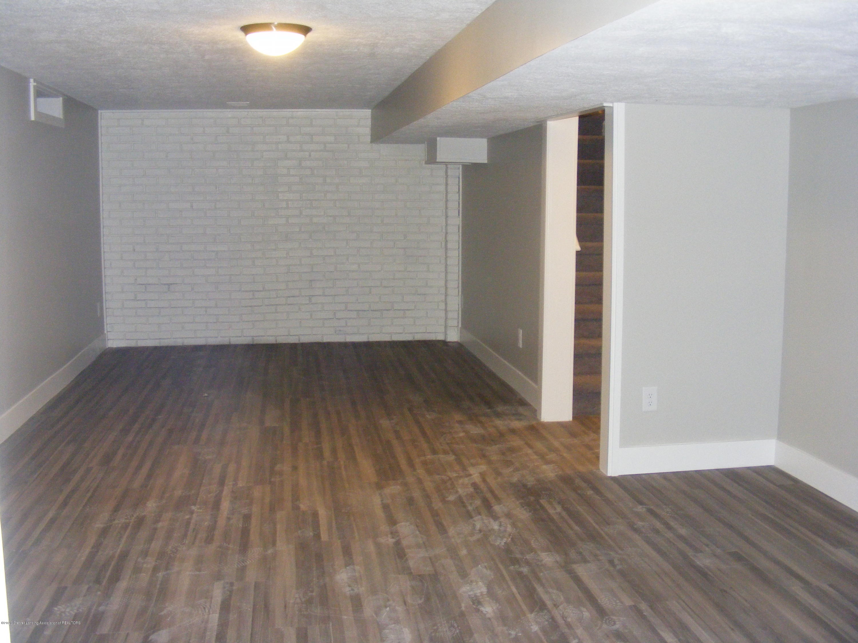 8061 Walters Hwy - basement entertainment area - 24