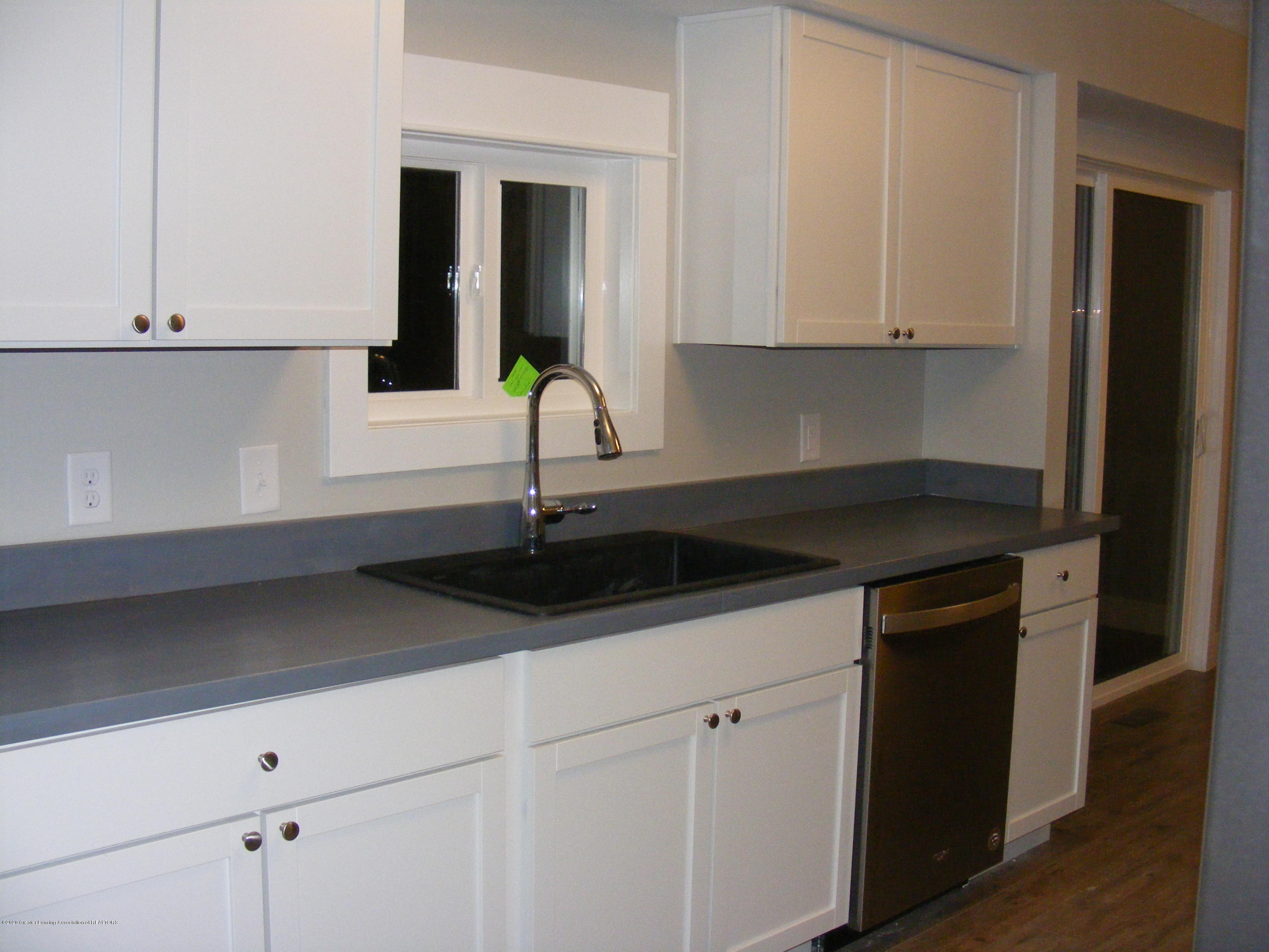 8061 Walters Hwy - kitchen 2 - 15