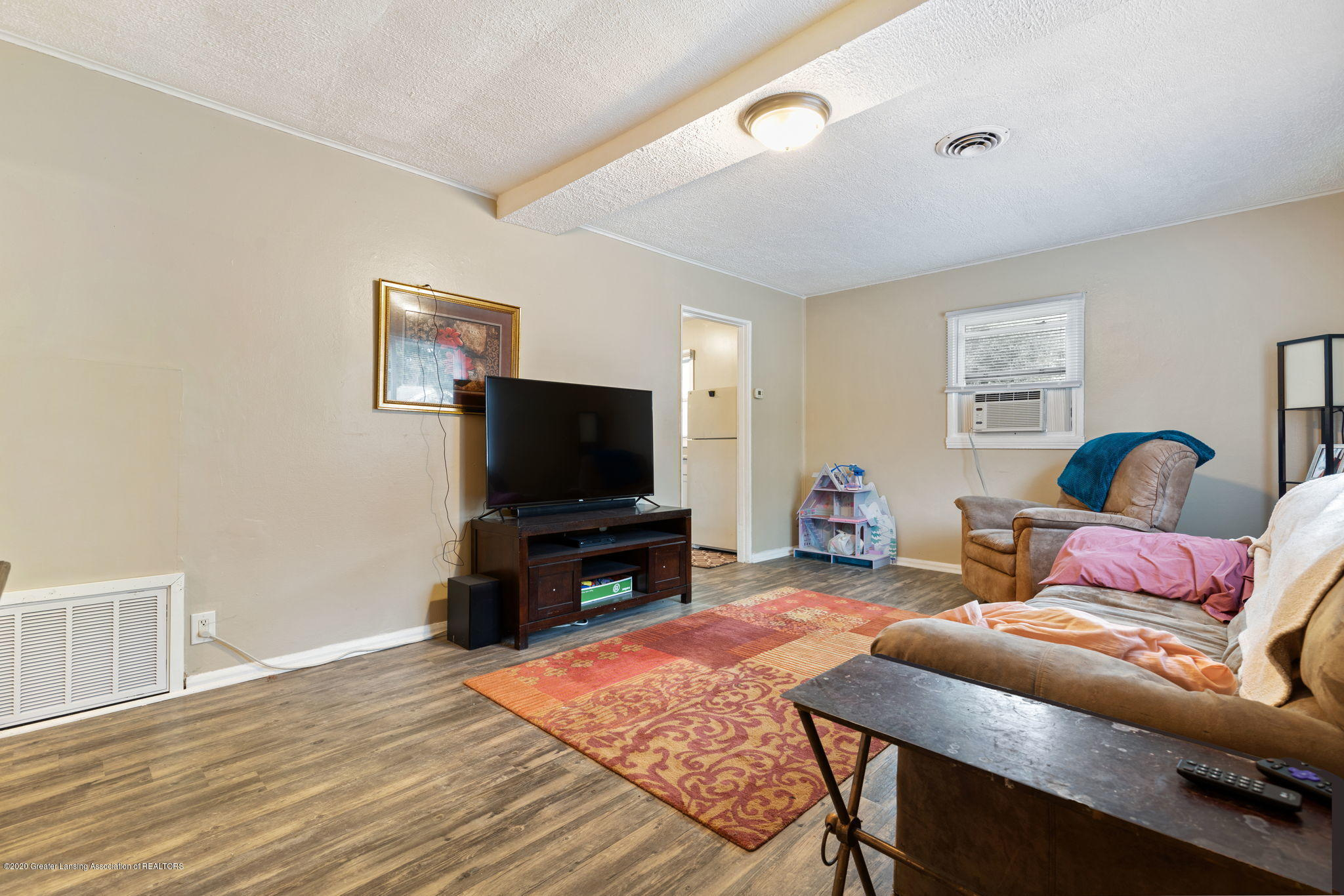 1218 Lenore Ave - Living Room - 2