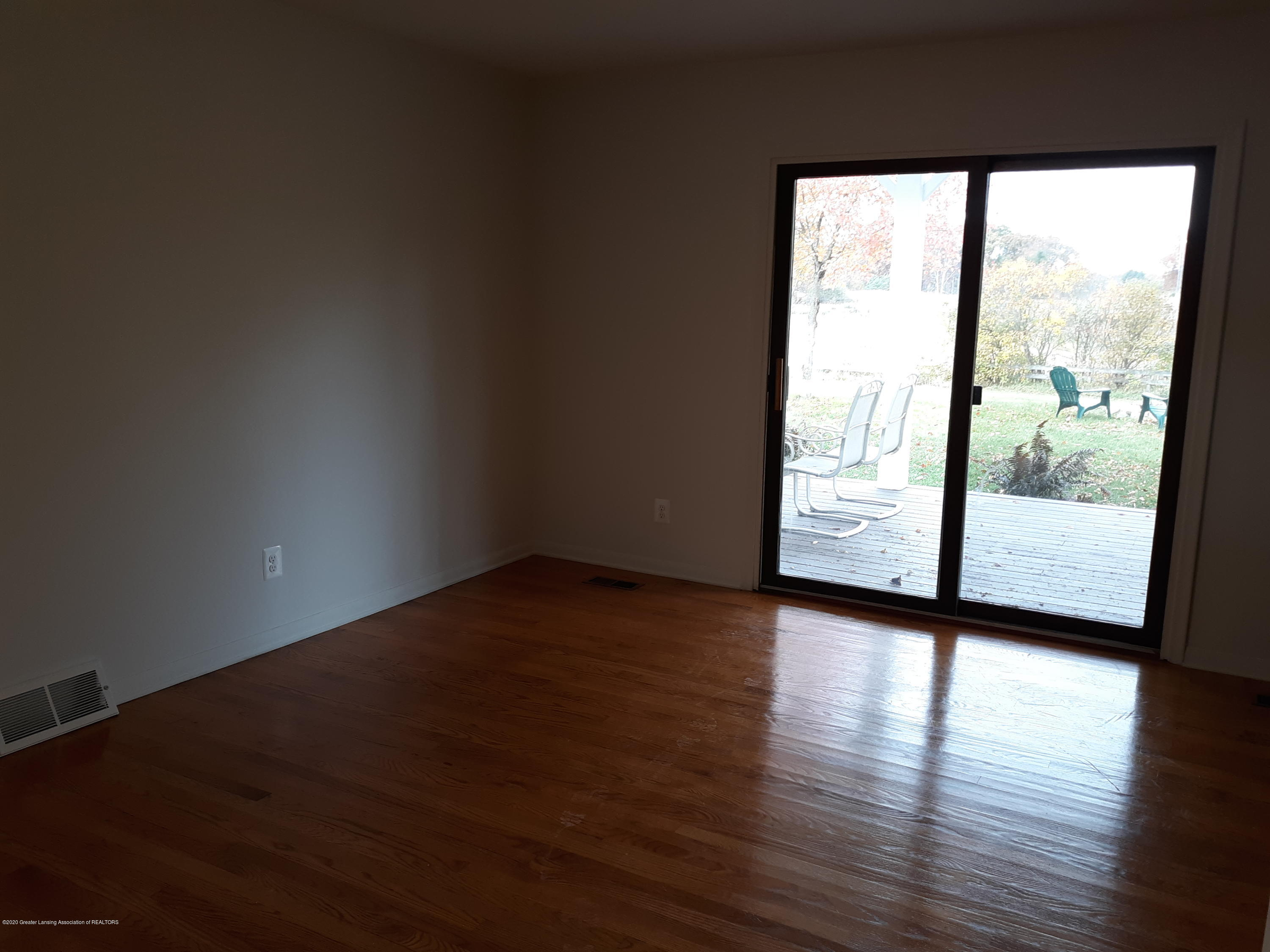 865 Barry Rd - Dining Room - 13