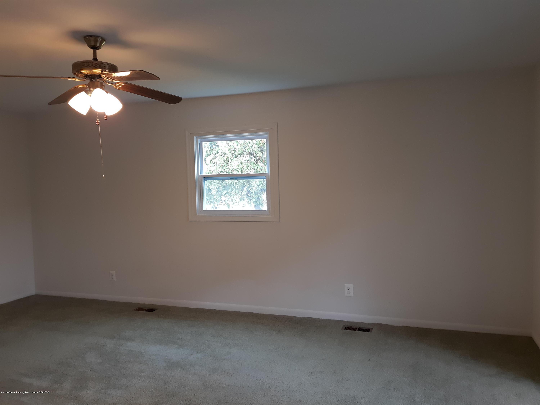 865 Barry Rd - Main Bedroom - 16