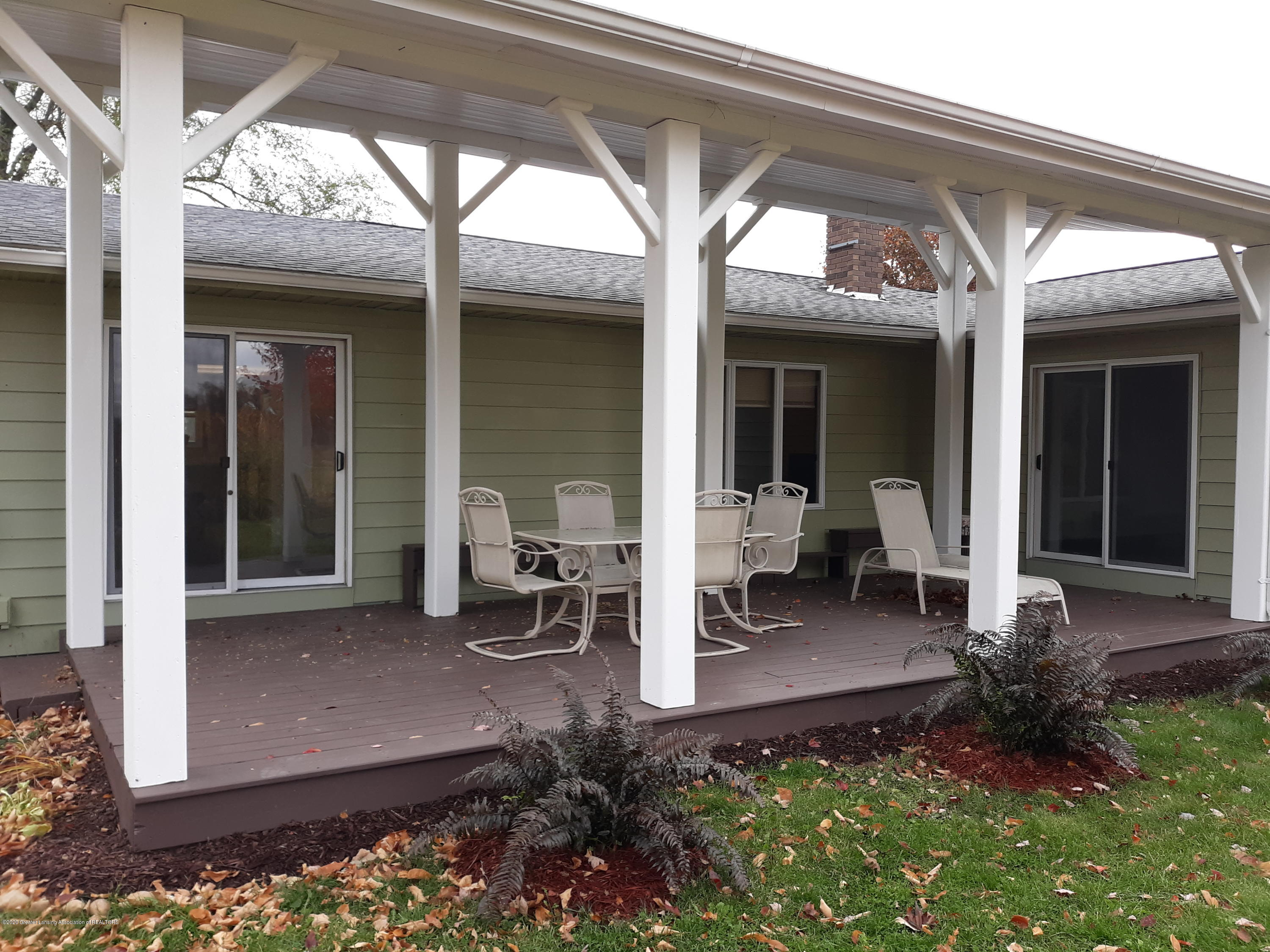 865 Barry Rd - Deck off of Dining Room - 32