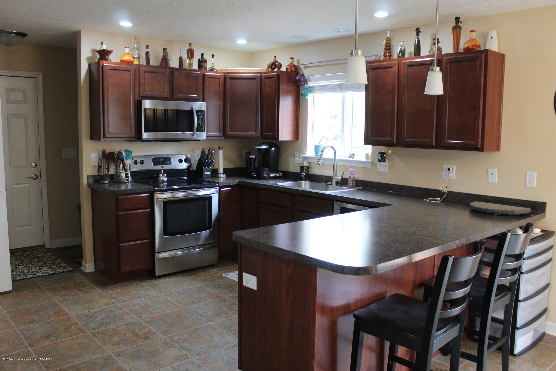 3233 Crandell Dr - 3 Kitchen - 3