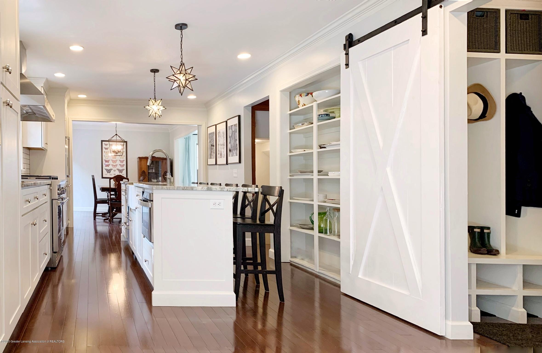 2139 Woodfield Rd - Kitchen - 5