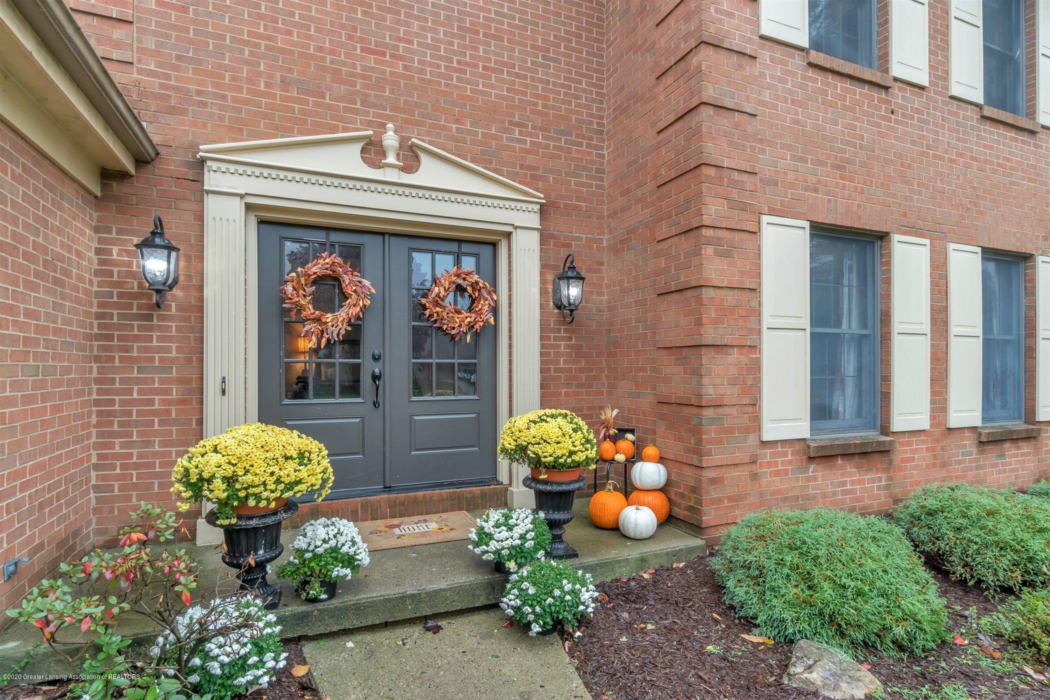2157 Woodfield Rd - 05-2157-Woodfield-WindowStill-Real- - 2