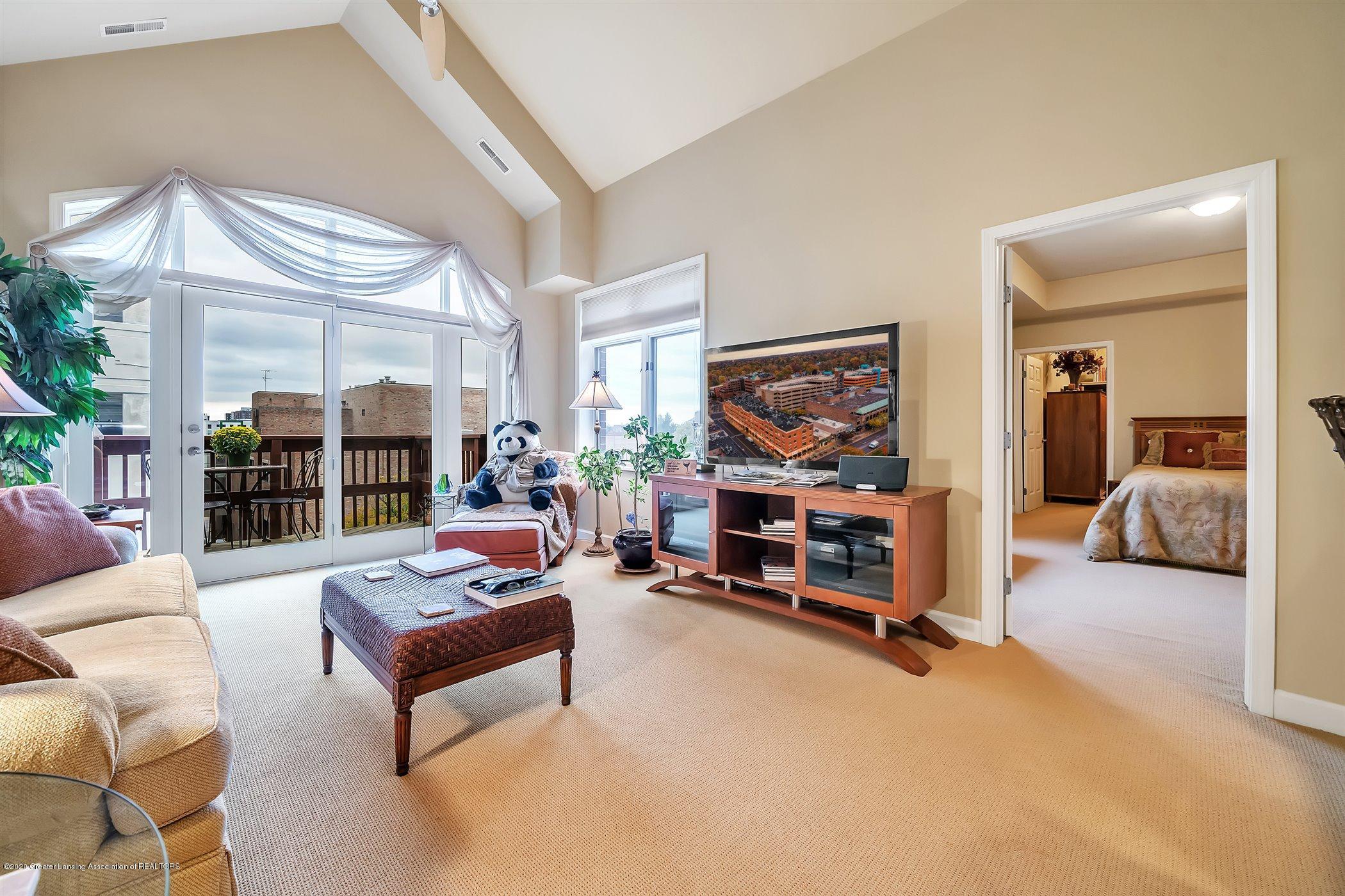 220 M. A. C. Ave Apt 409 - Living Room - 1