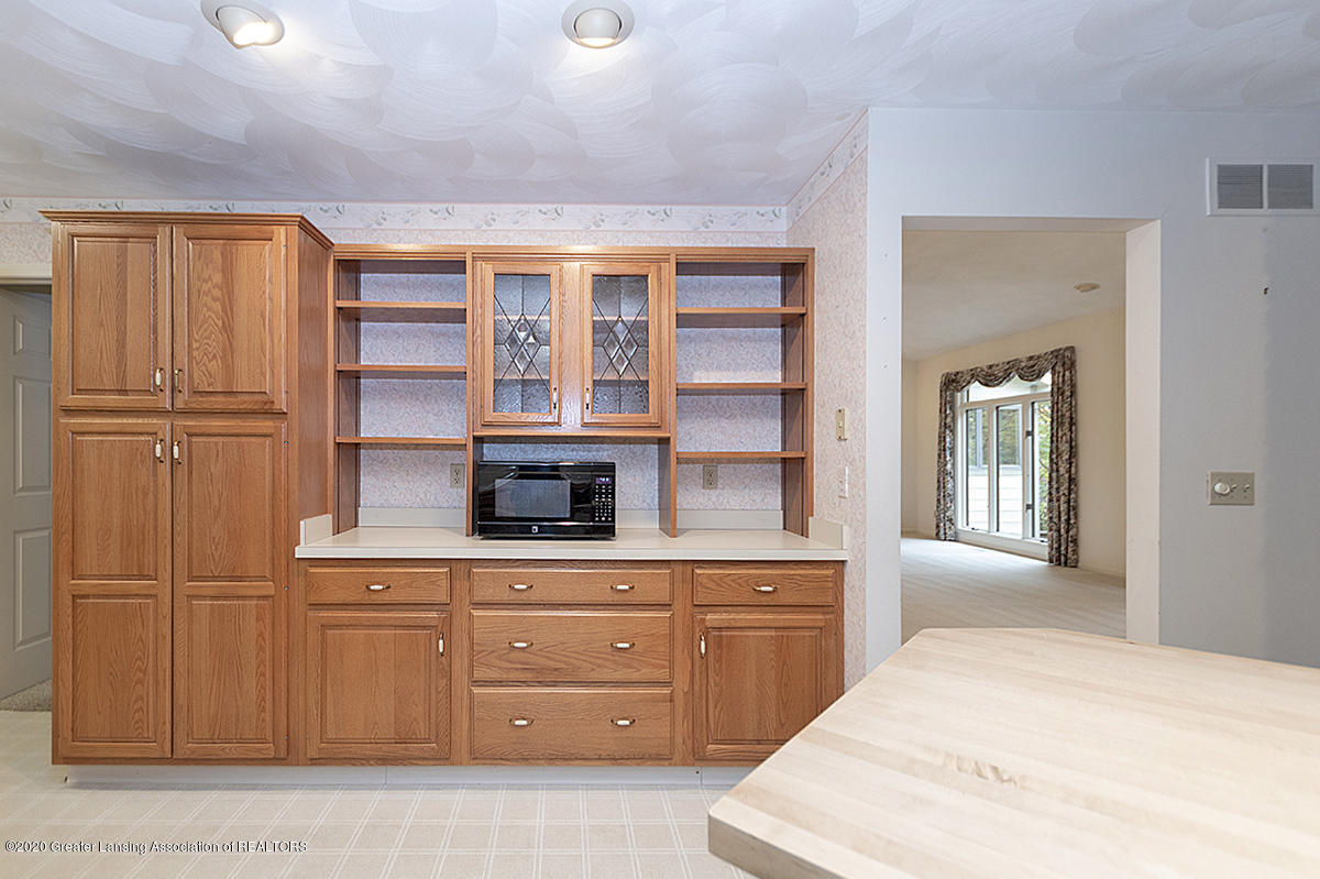 2828 River Pointe Dr - BUILT IN OFFICE AREA - 13