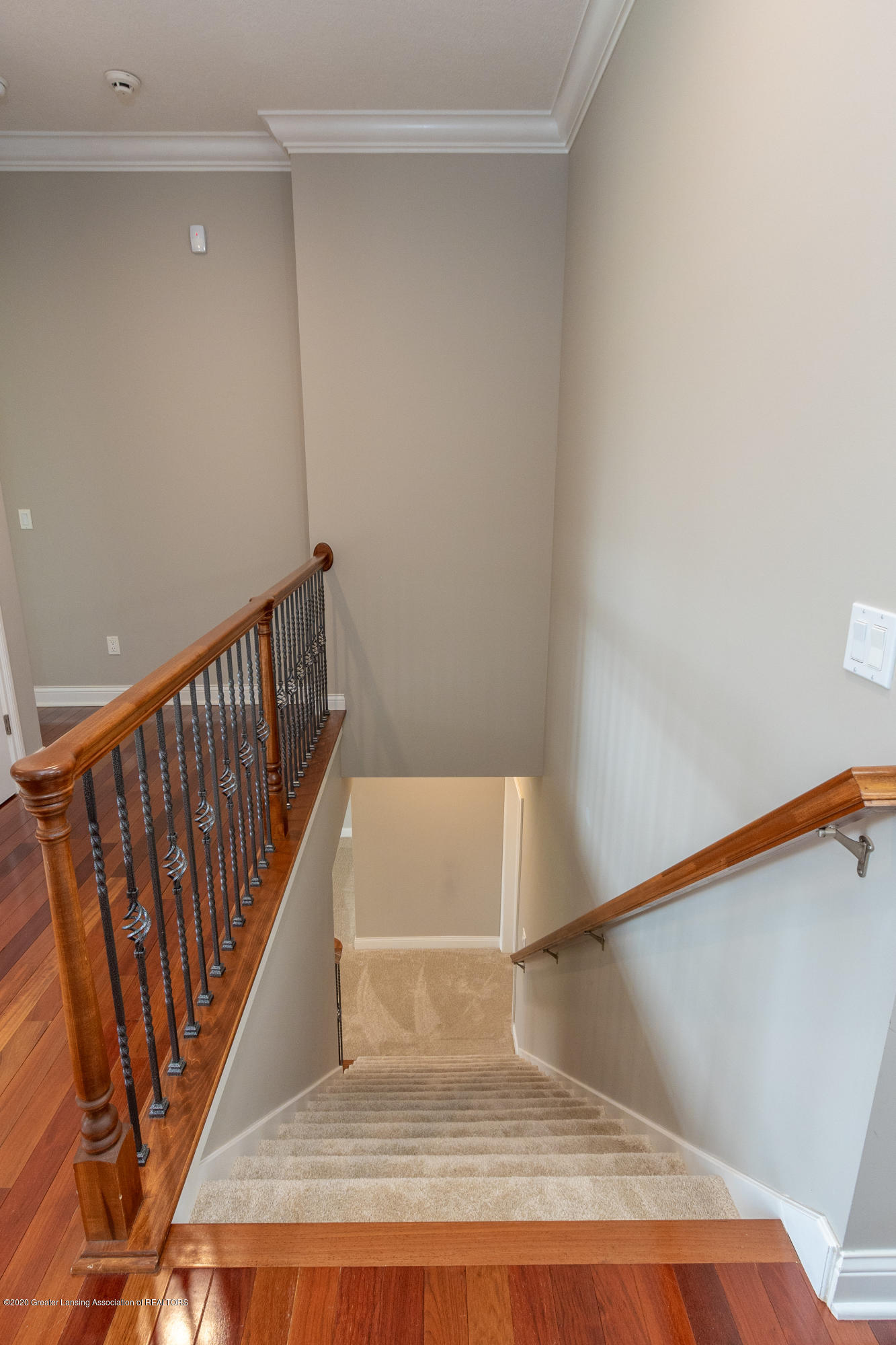 3929 Baulistrol Dr - Staircase to Lower Level - 48