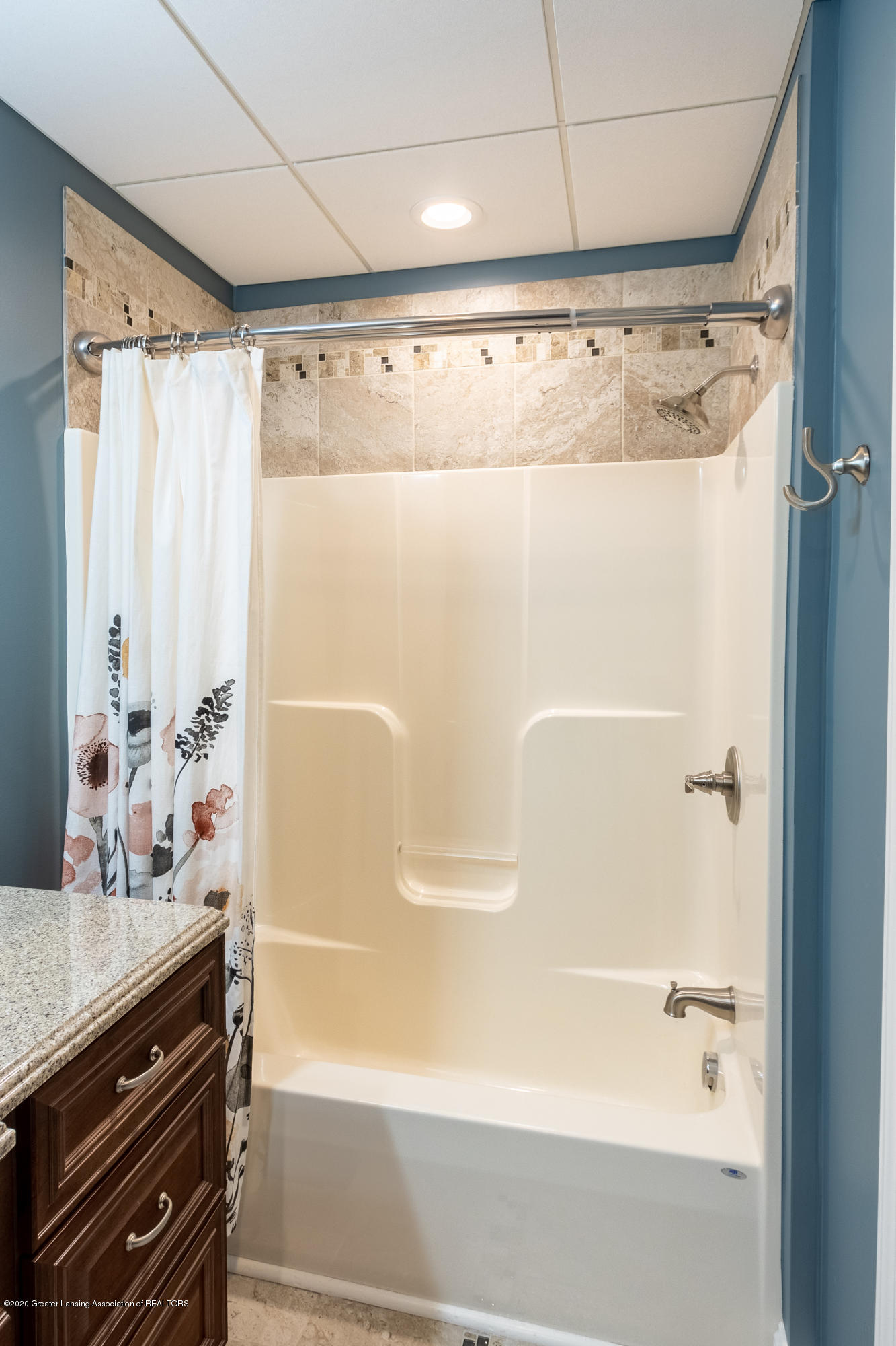 3929 Baulistrol Dr - Bedroom 3 Full Bath - 61