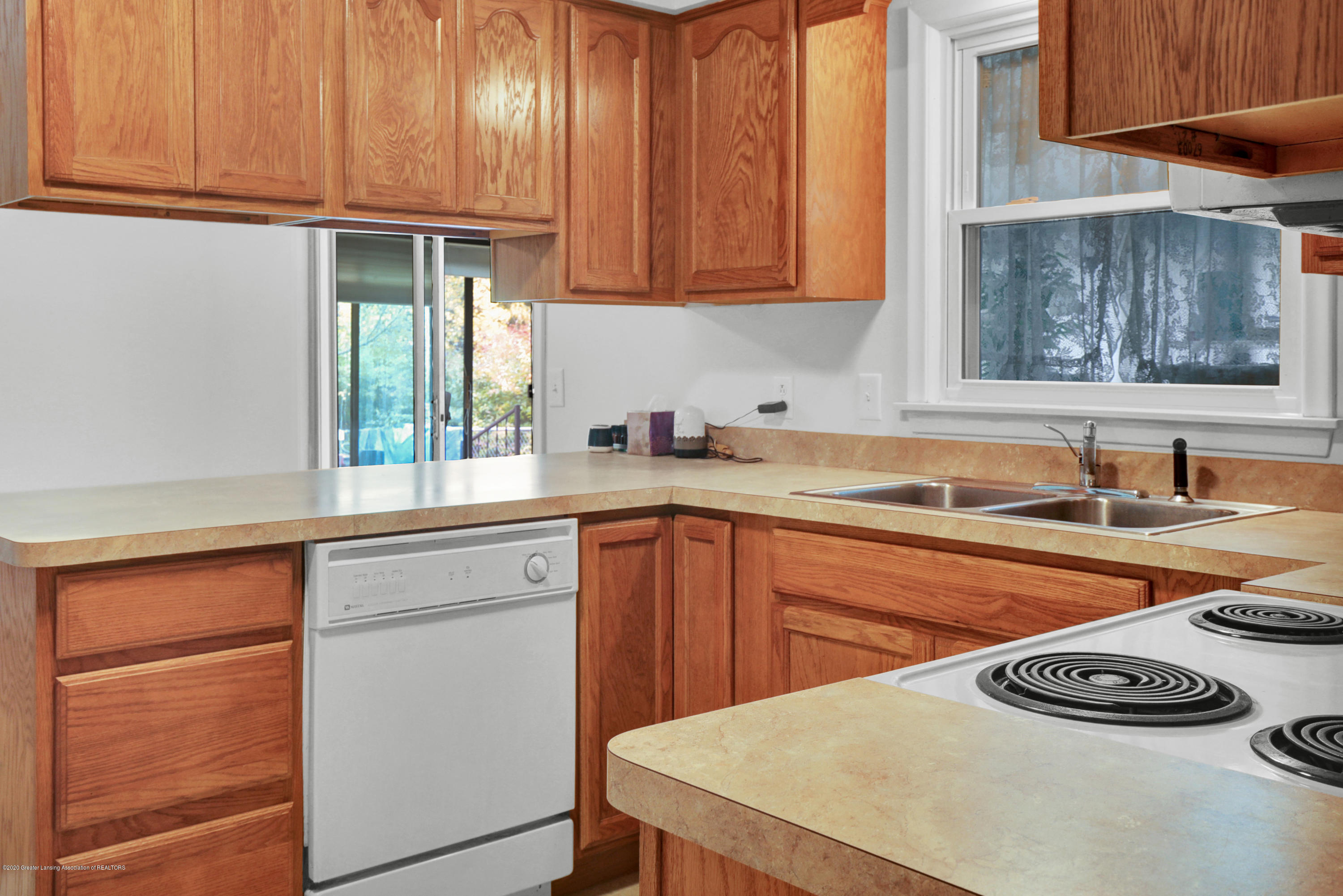 12981 Dundee Dr - Kitchen - 8