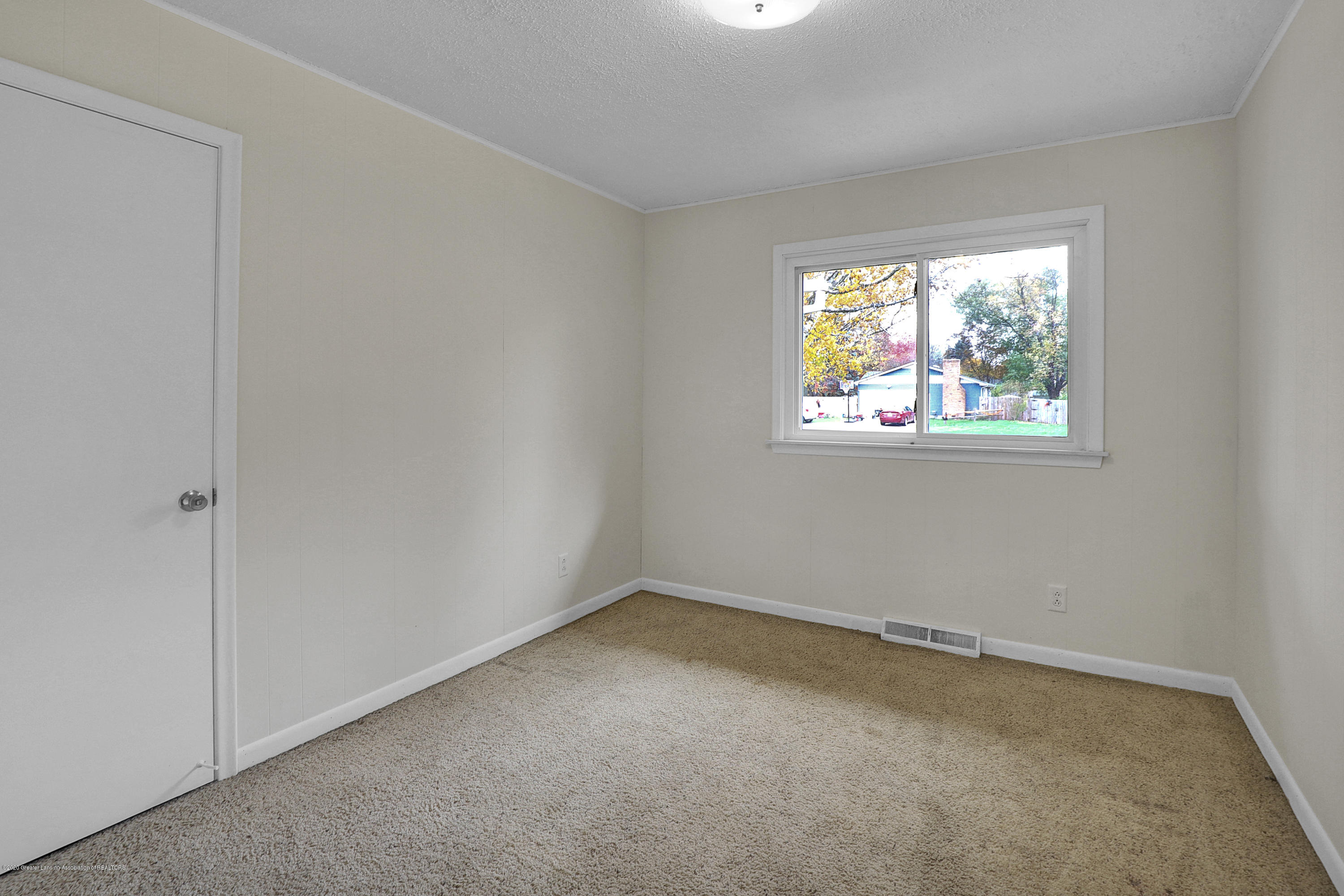12981 Dundee Dr - Bedroom 1 - 16