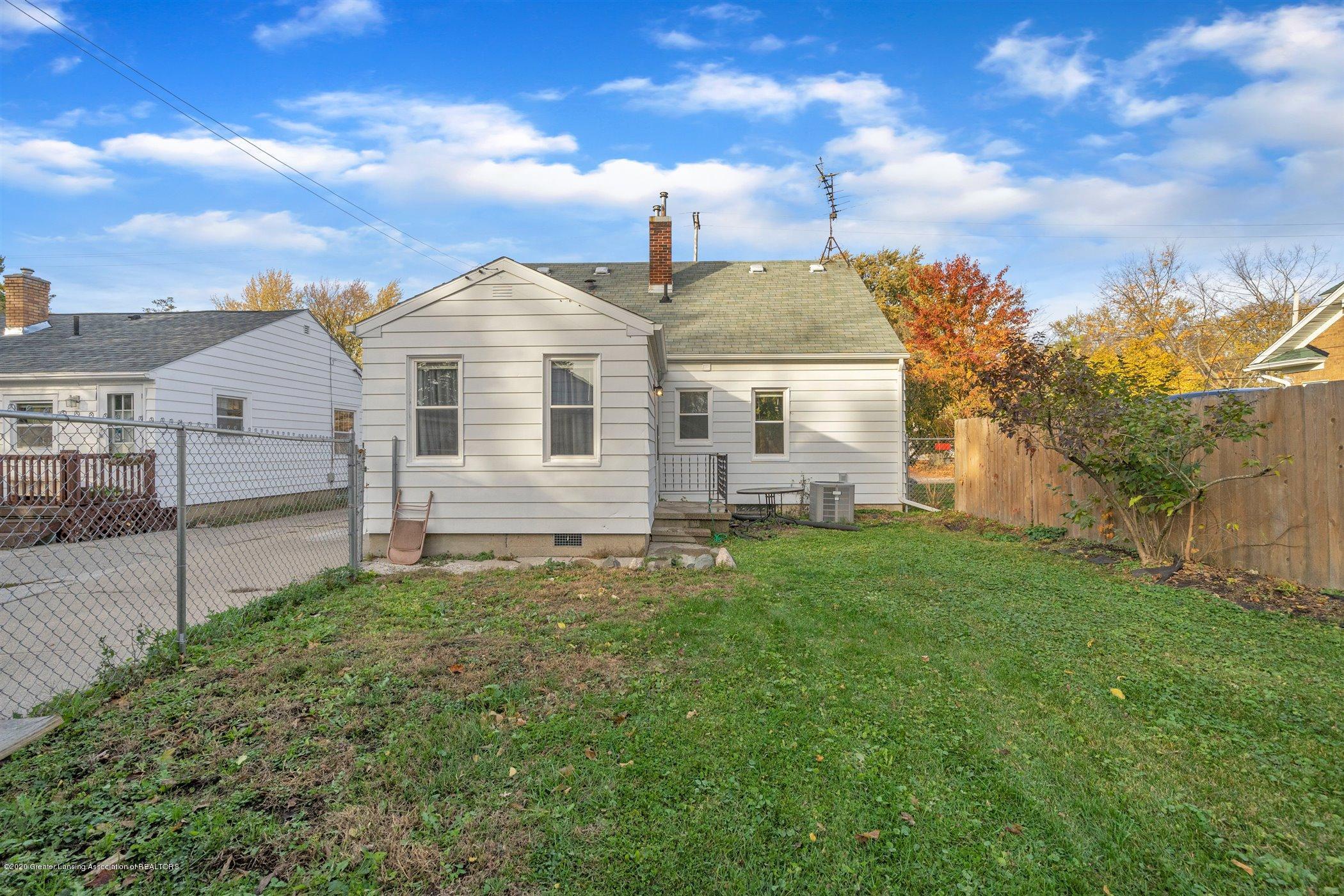 1209 Lenore Ave - 32-1209-Lenore-Ave-WindowStill-Real - 32