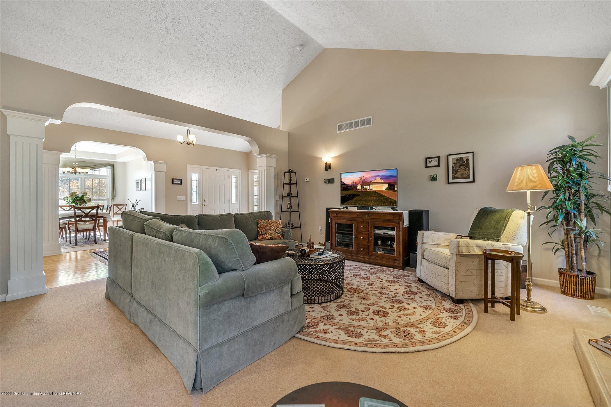 1866 Creek Landing - MAIN FLOOR Living Room - 4