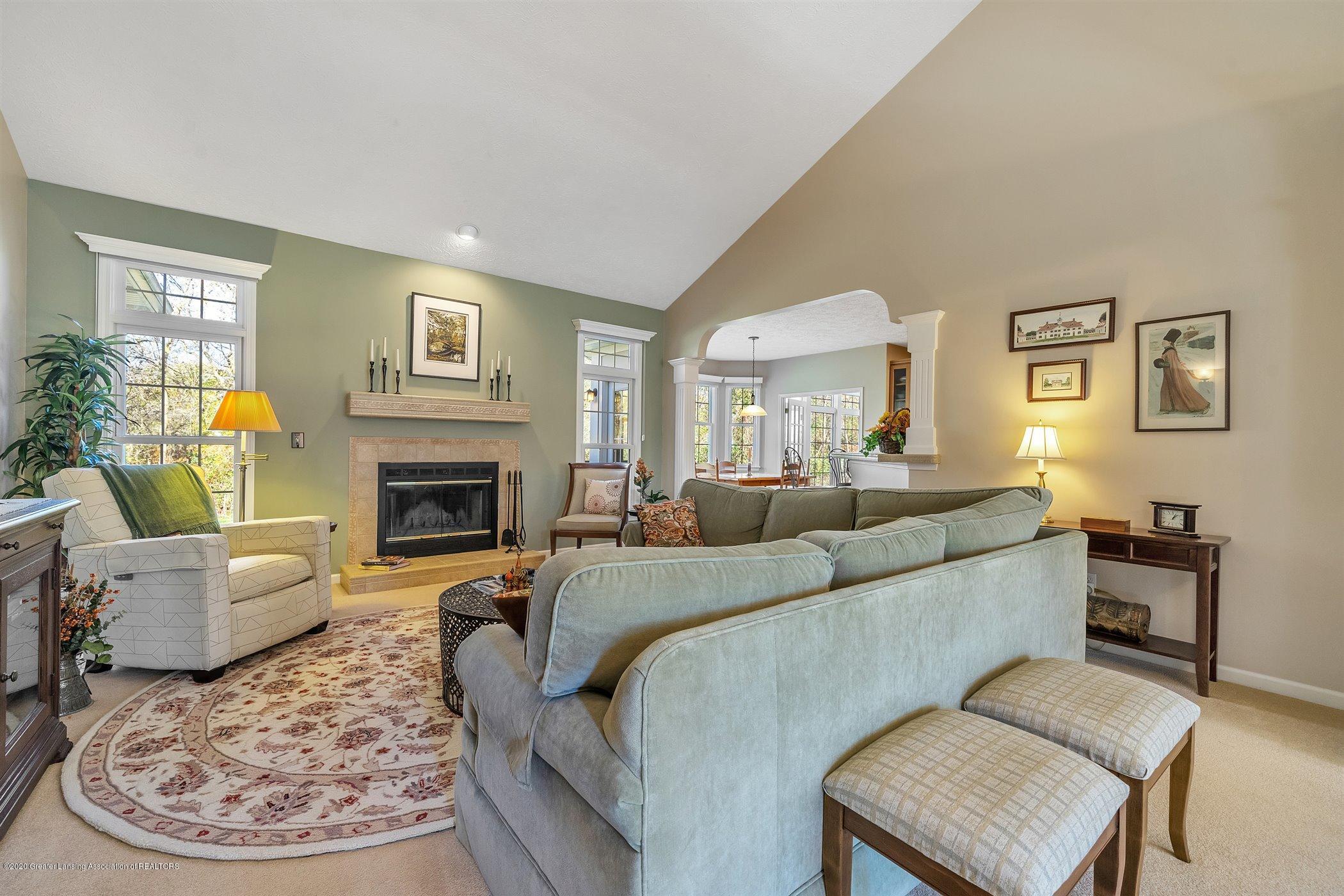 1866 Creek Landing - MAIN FLOOR Living Room - 5