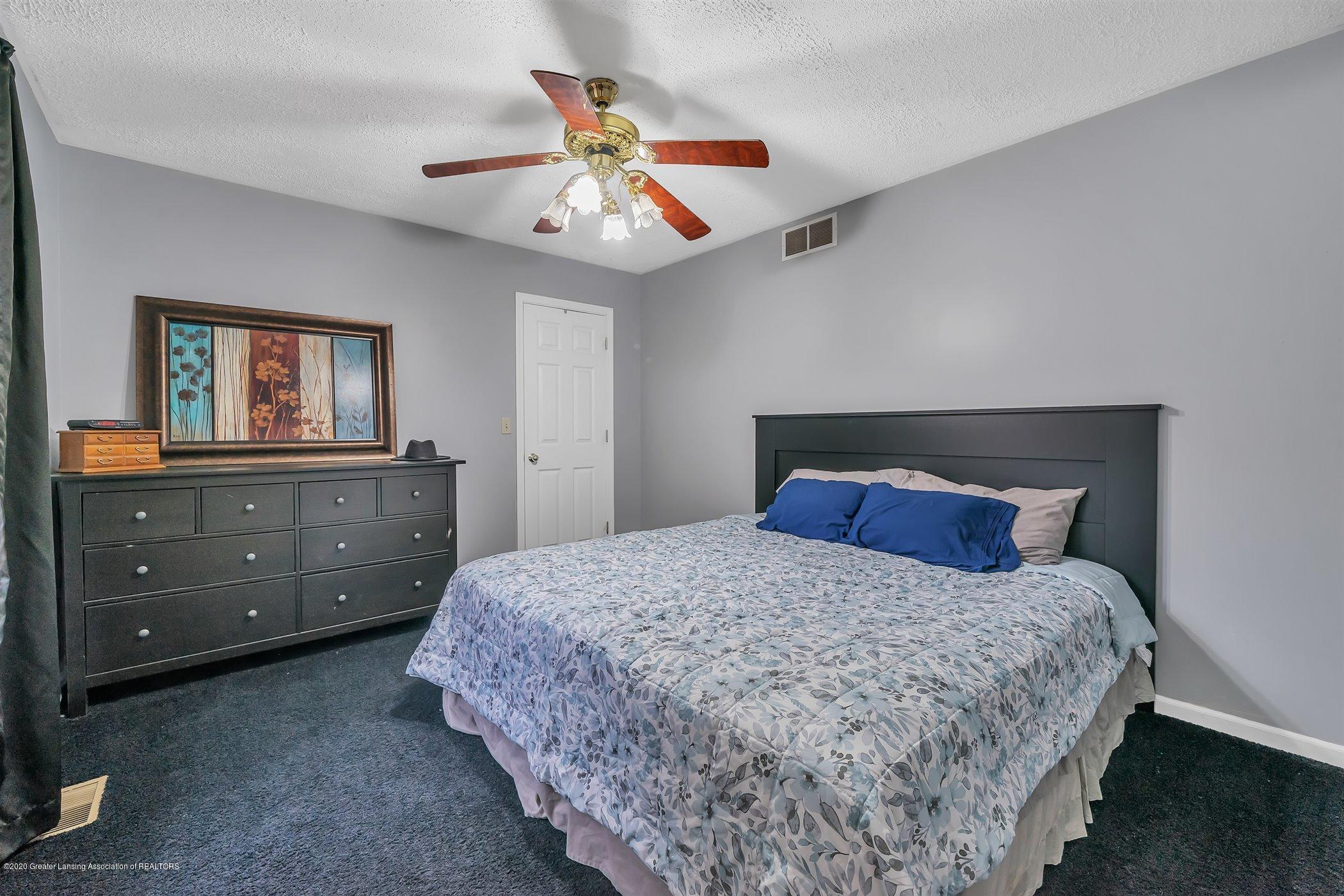 328 E 2nd St - (17) SECOND FLOOR Master Bedroom - 18