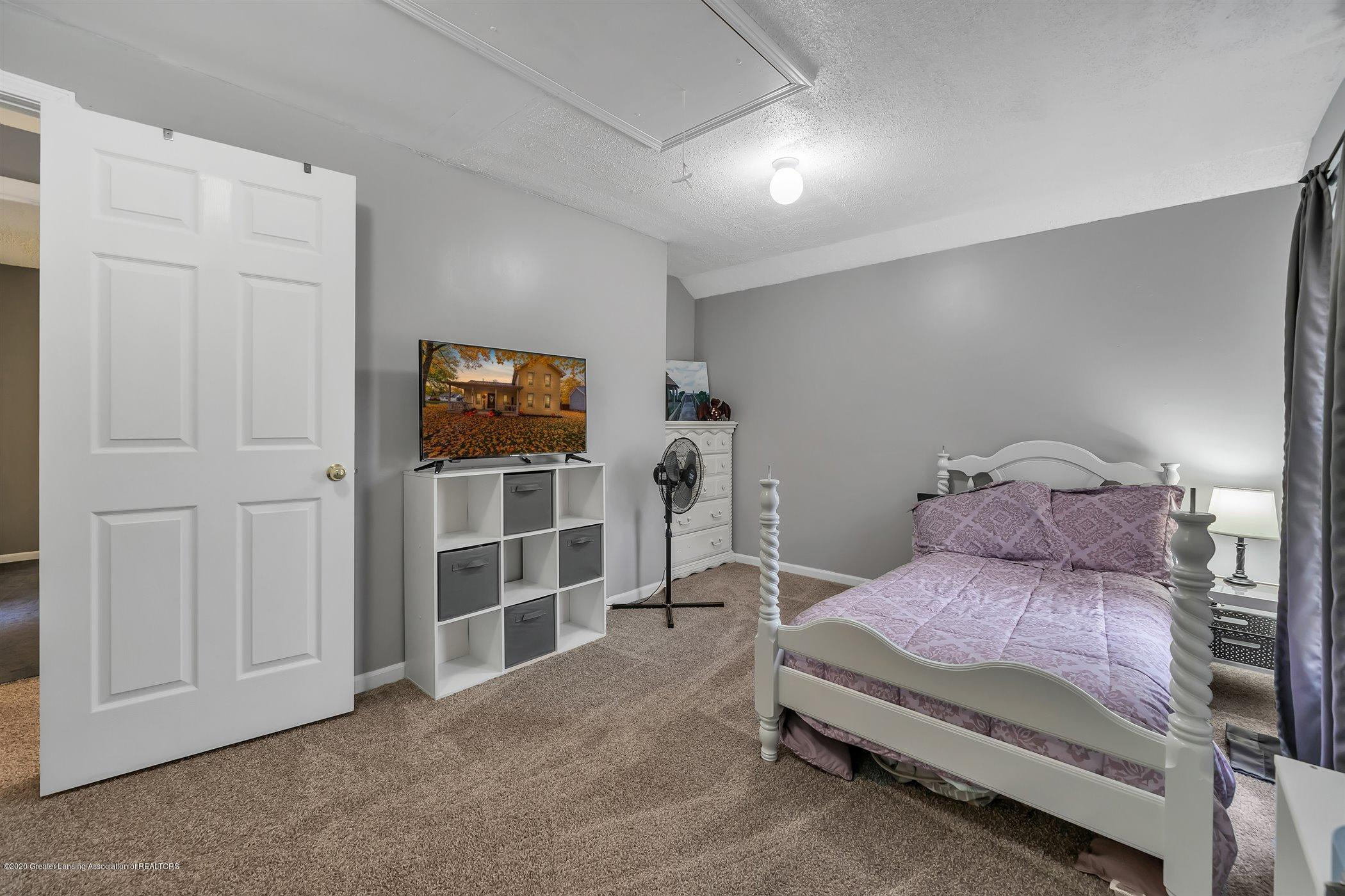 328 E 2nd St - (20) SECOND FLOOR Bedroom 2 - 21