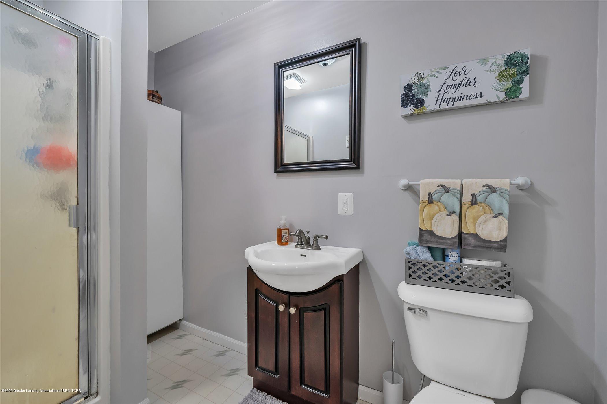 328 E 2nd St - (21) SECOND FLOOR Bathroom - 22