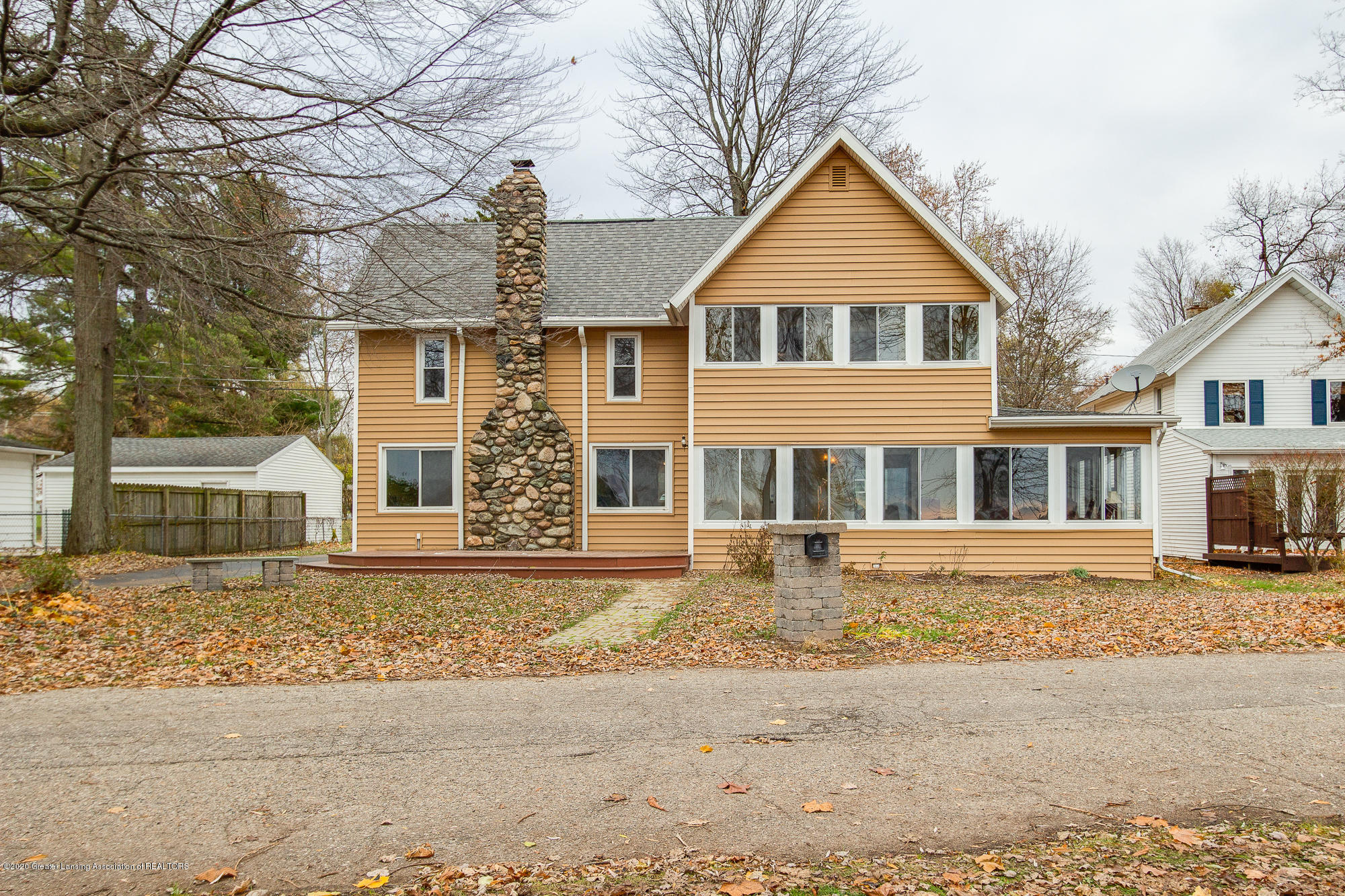 6385 W Reynolds Rd - Front - 1