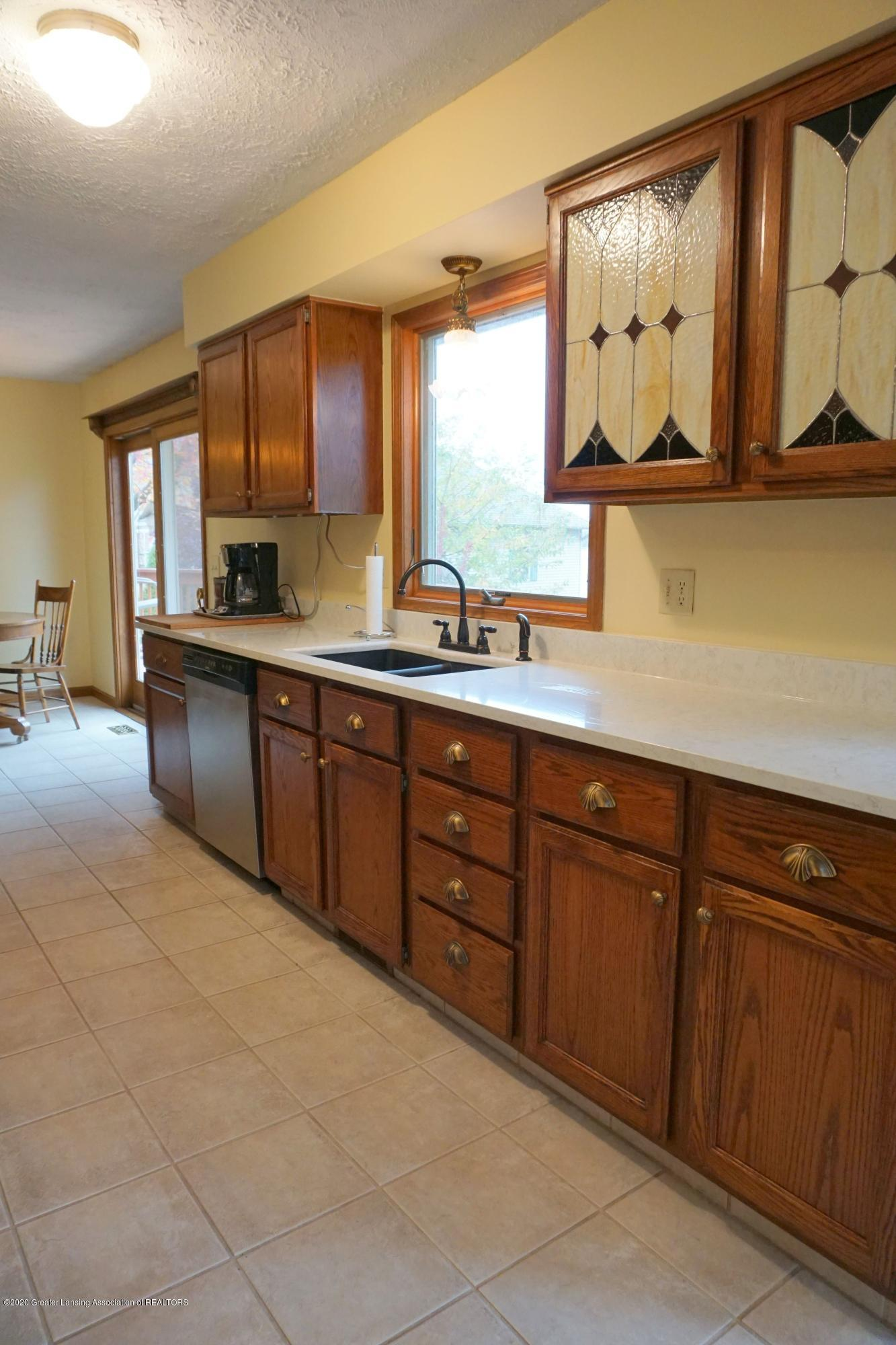 6733 Westgate Dr - New Counters - 26