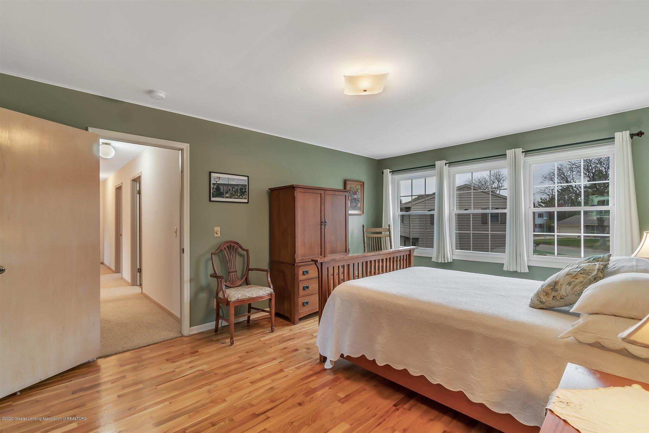 2098 Butternut Dr - primary bedroom - 24