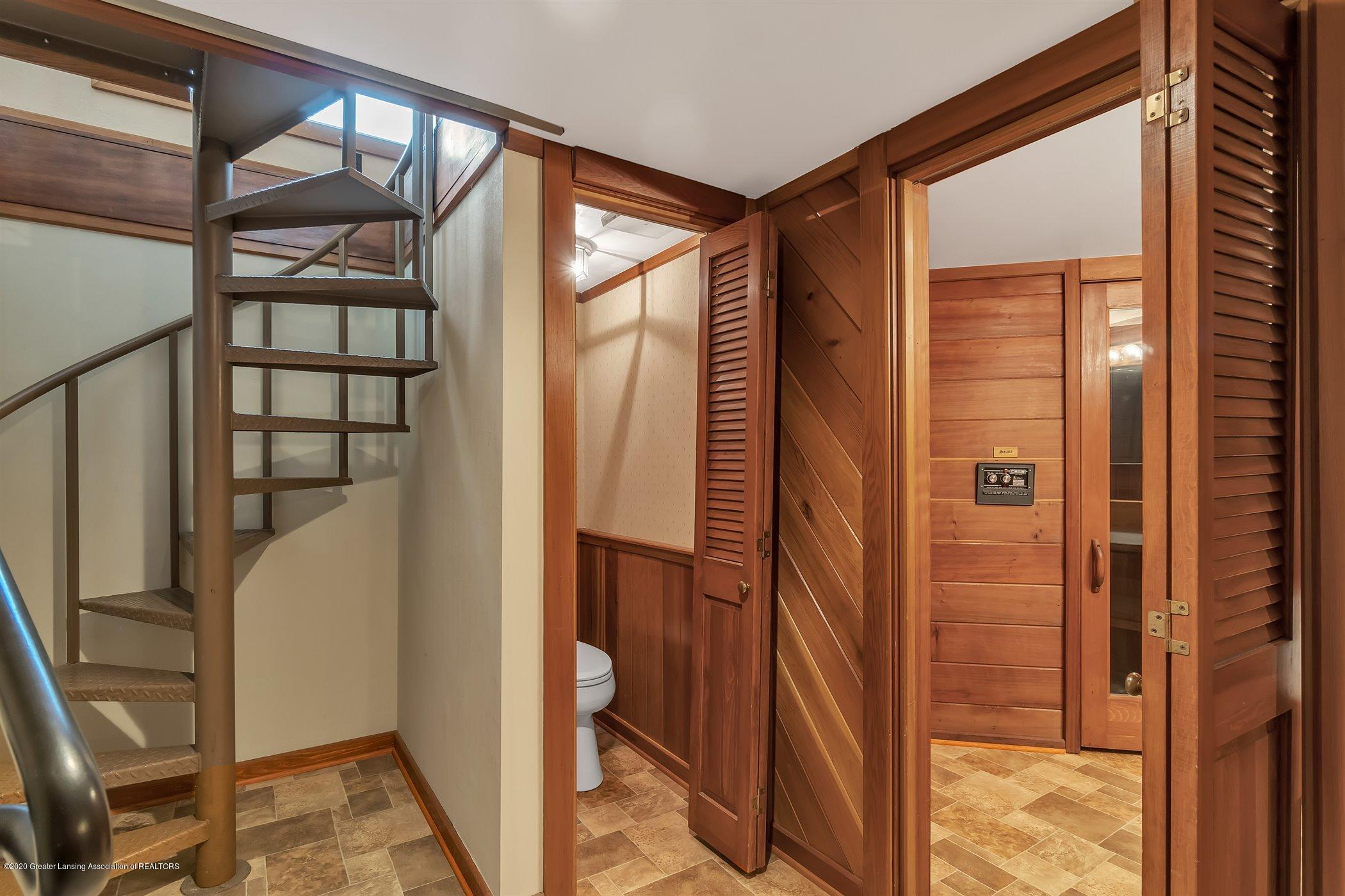 2098 Butternut Dr - spiral staircase to sunroom - 40