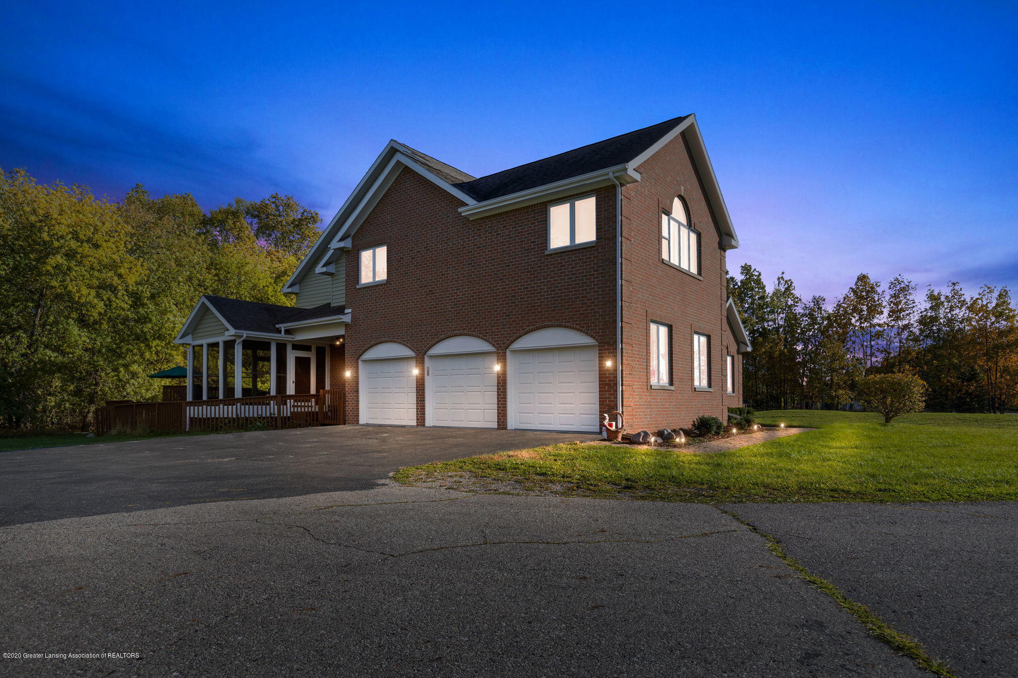 300 Jolly Rd - 3-web-or-mls-1P6A8576 - 3