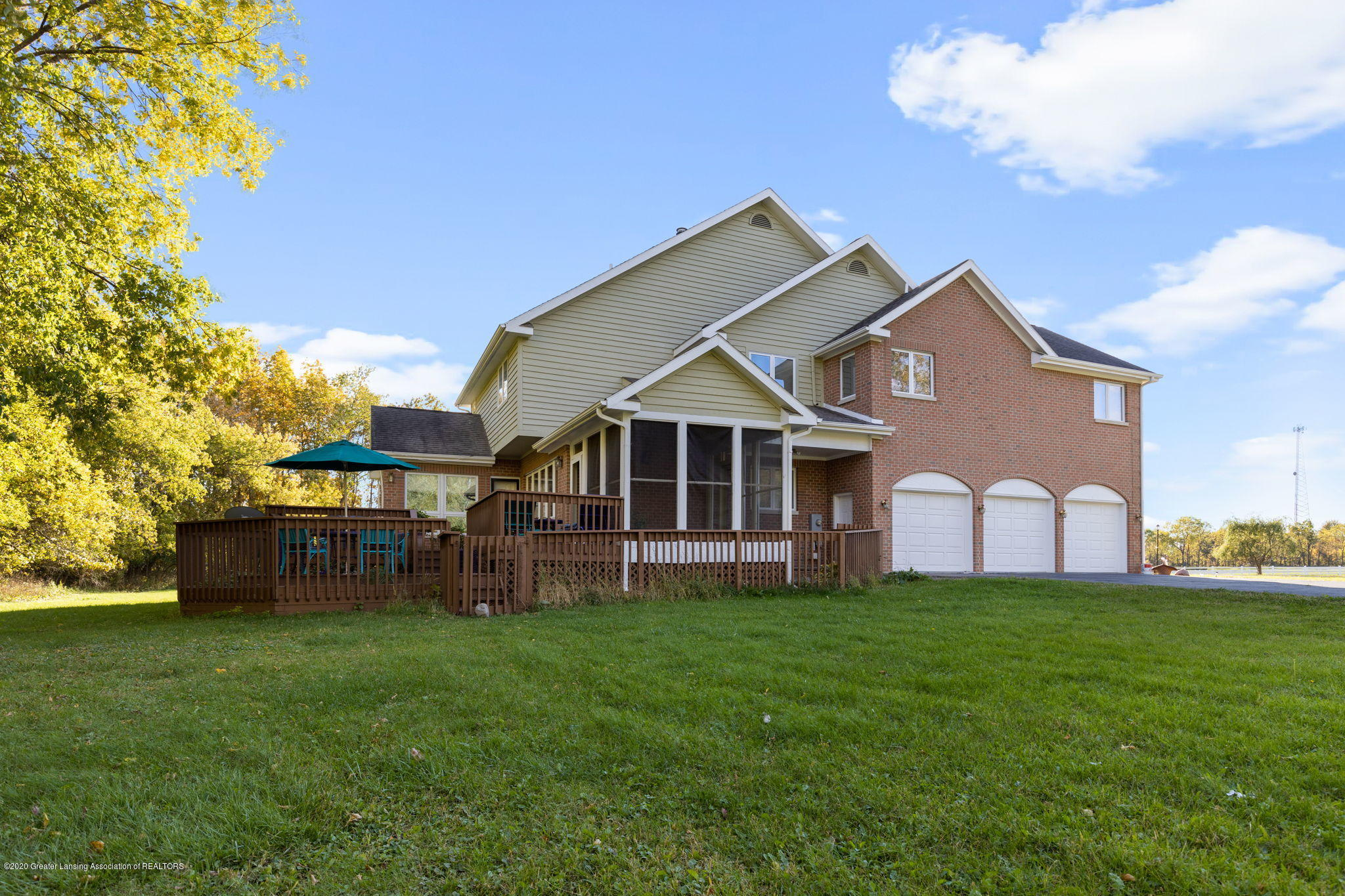 300 Jolly Rd - 17-web-or-mls-1P6A8574 - 17