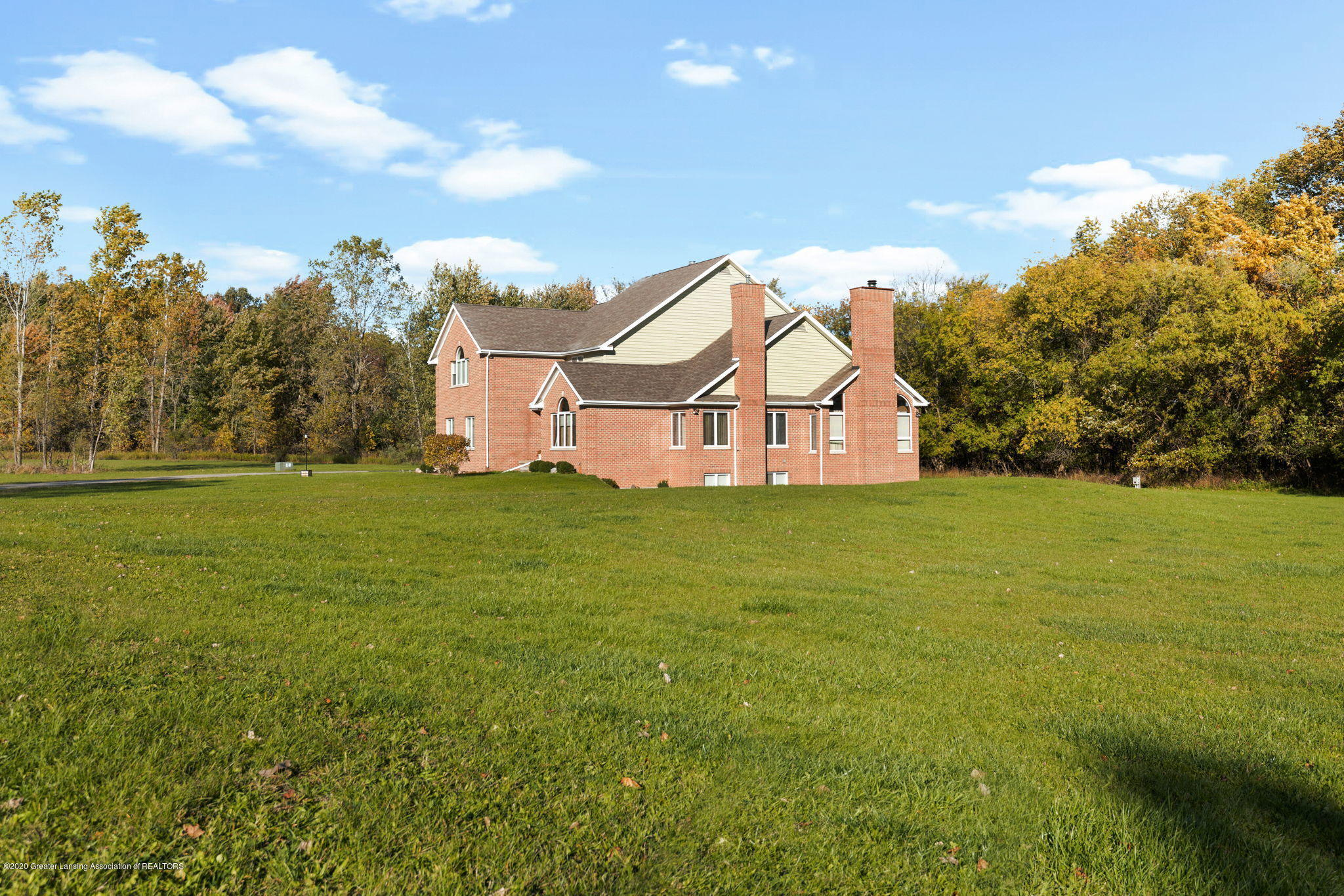 300 Jolly Rd - 22-web-or-mls-1P6A8557 - 22