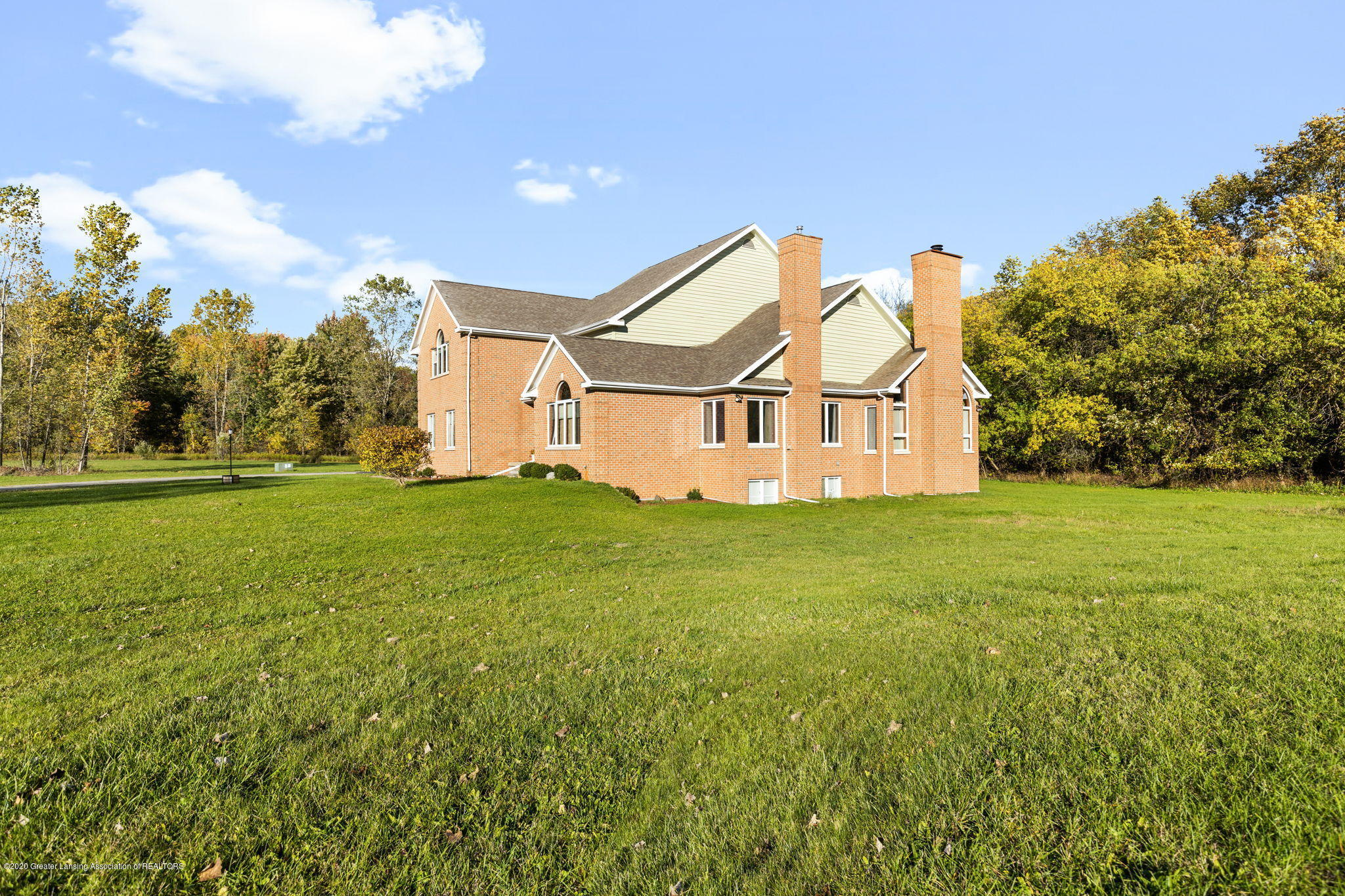 300 Jolly Rd - 23-web-or-mls-1P6A8588 - 23
