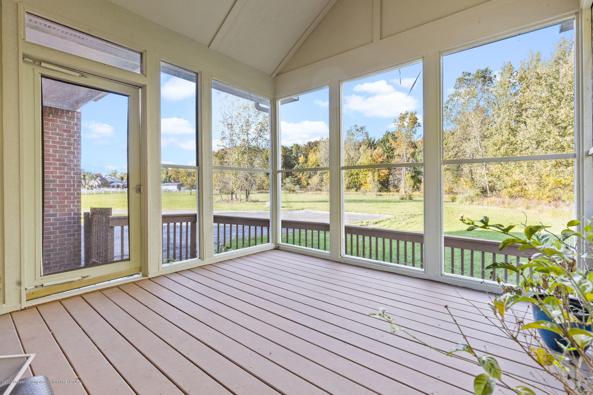 300 Jolly Rd - 28-web-or-mls-1P6A8611 - 28