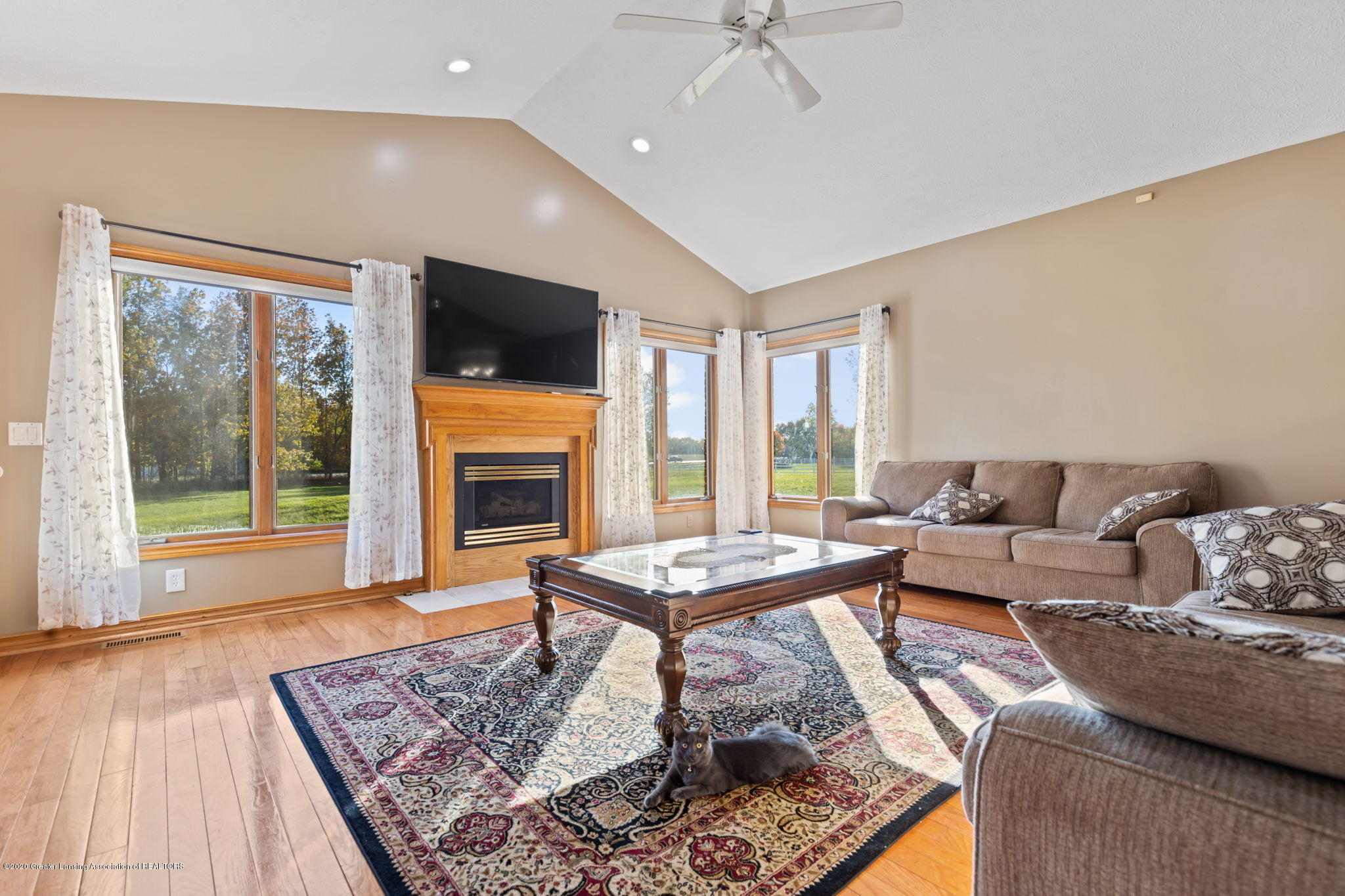 300 Jolly Rd - 31-web-or-mls-1P6A8623 - 31