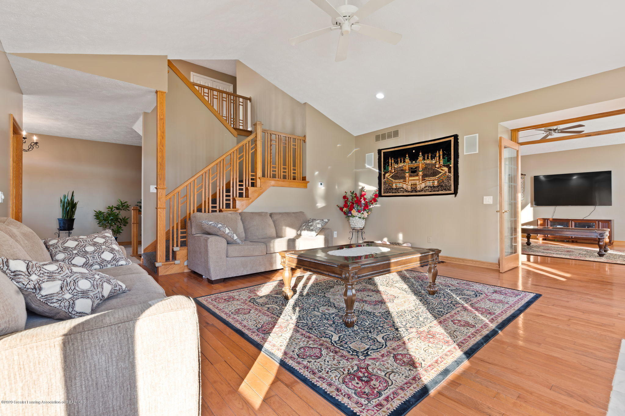 300 Jolly Rd - 34-web-or-mls-1P6A8629 - 34