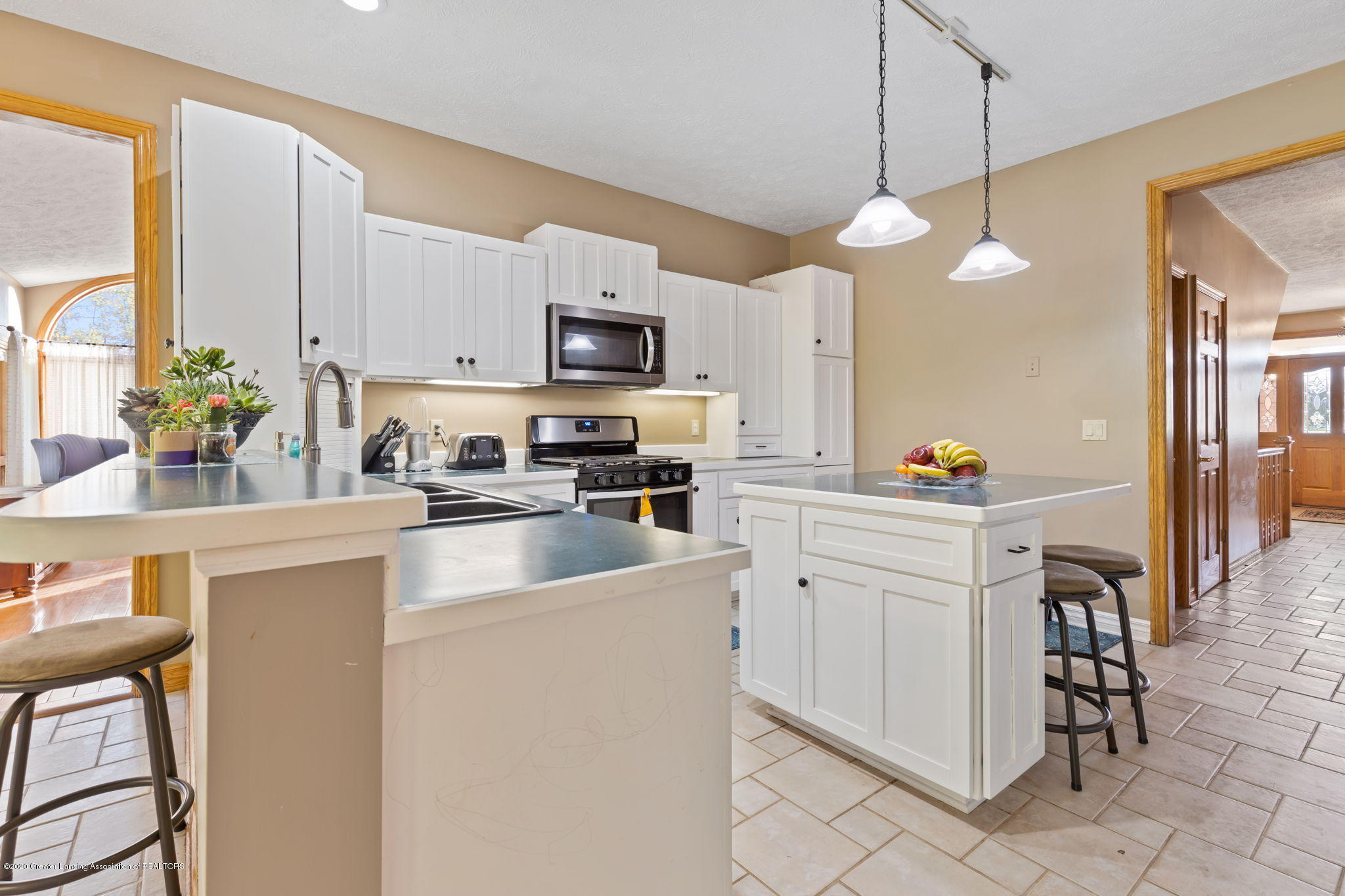 300 Jolly Rd - 39-web-or-mls-1P6A8647 - 39