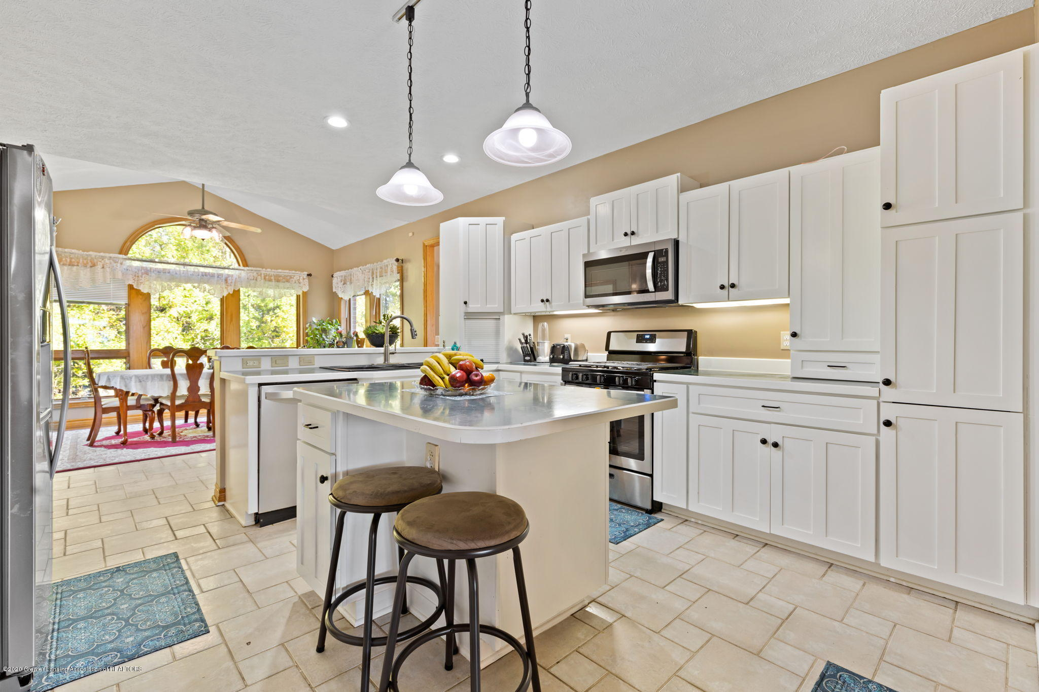 300 Jolly Rd - 40-web-or-mls-1P6A8650 - 40