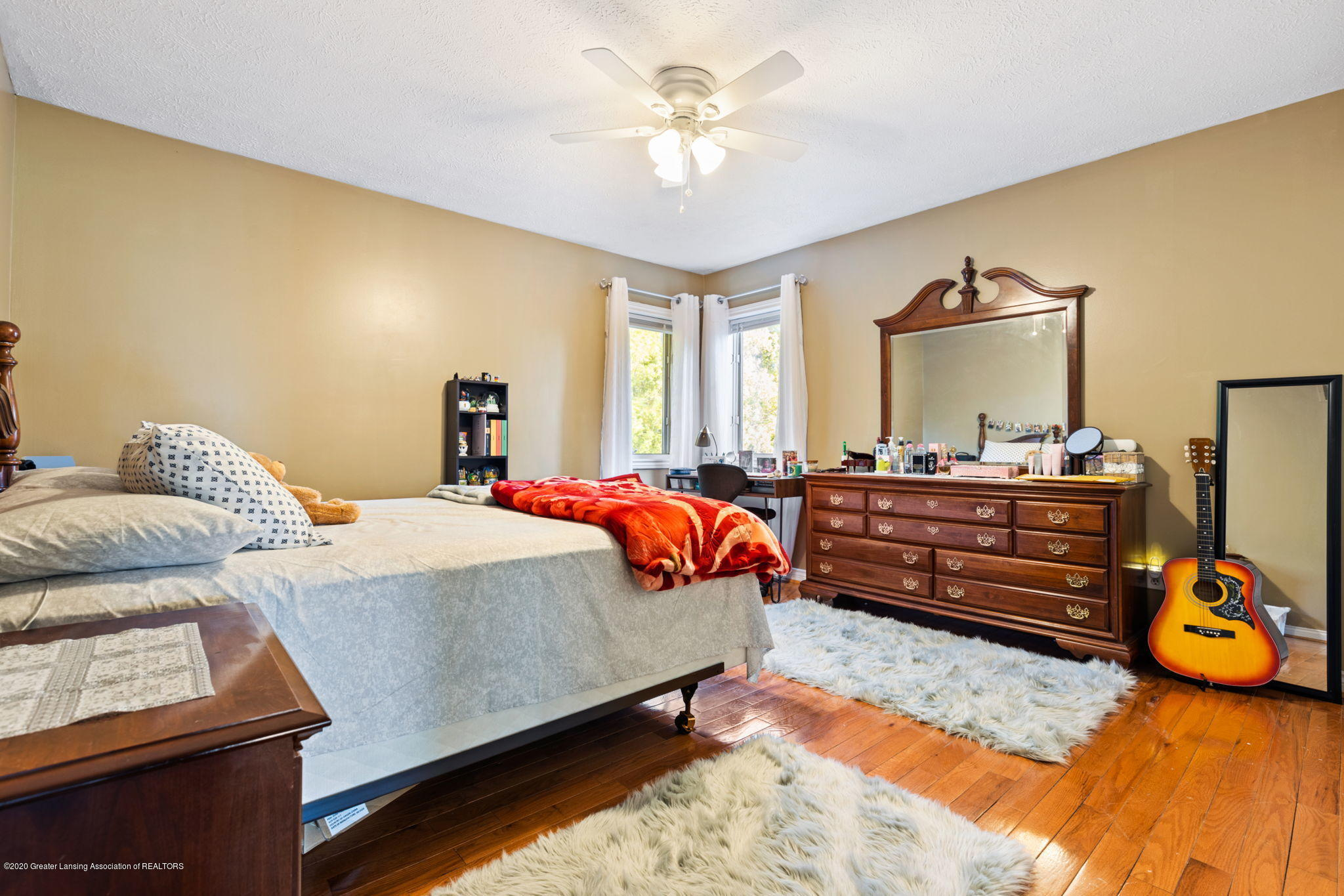 300 Jolly Rd - 57-web-or-mls-1P6A8716 - 57