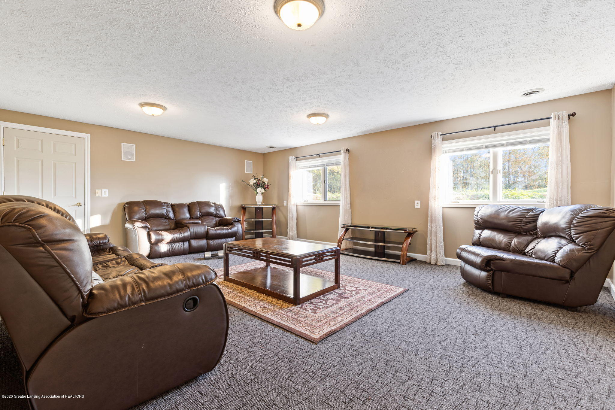 300 Jolly Rd - 64-web-or-mls-1P6A8740 - 64
