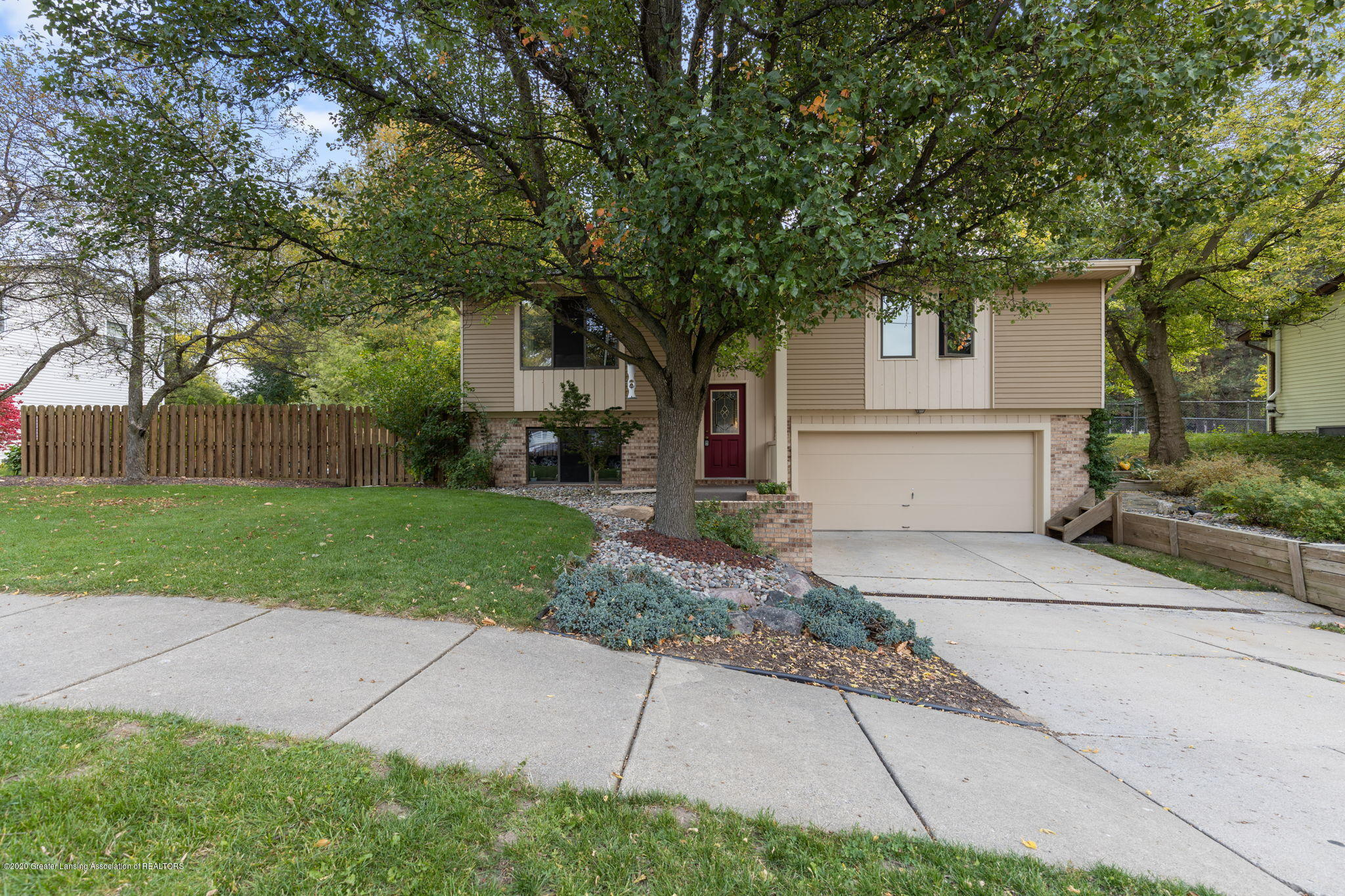 617 Green St - 2-web-or-mls-1P6A9406 - 2
