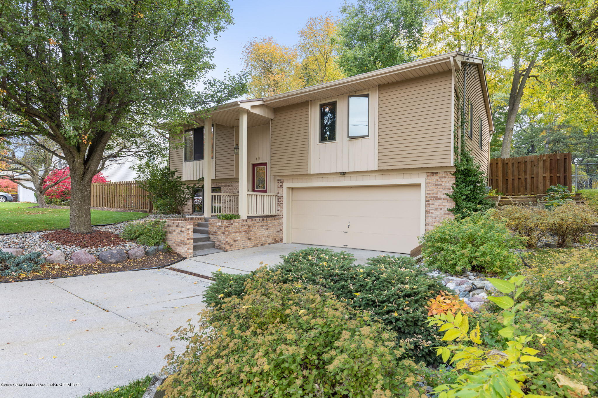 617 Green St - 3-web-or-mls-1P6A9418 - 3
