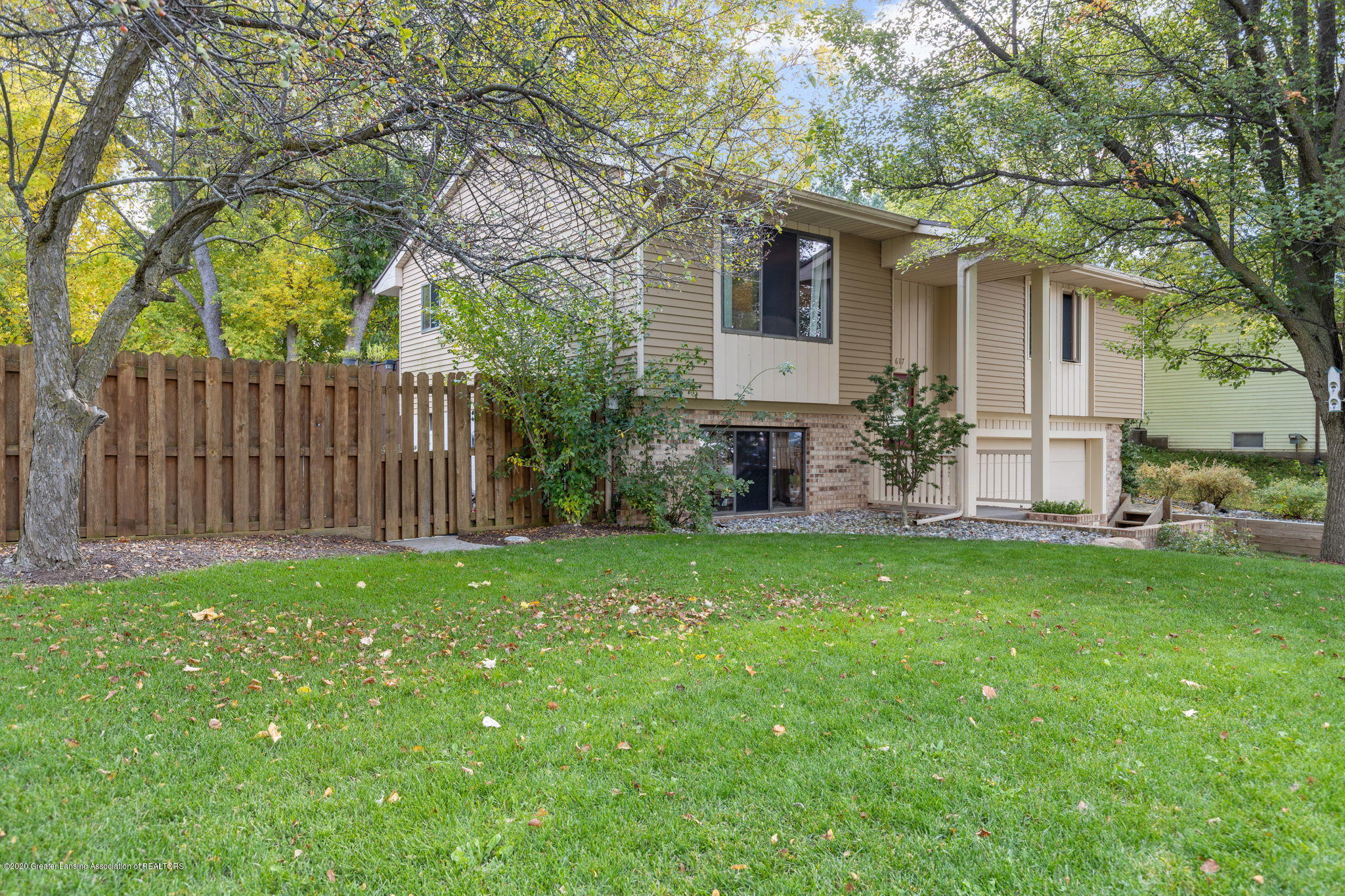 617 Green St - 9-web-or-mls-1P6A9412 - 5