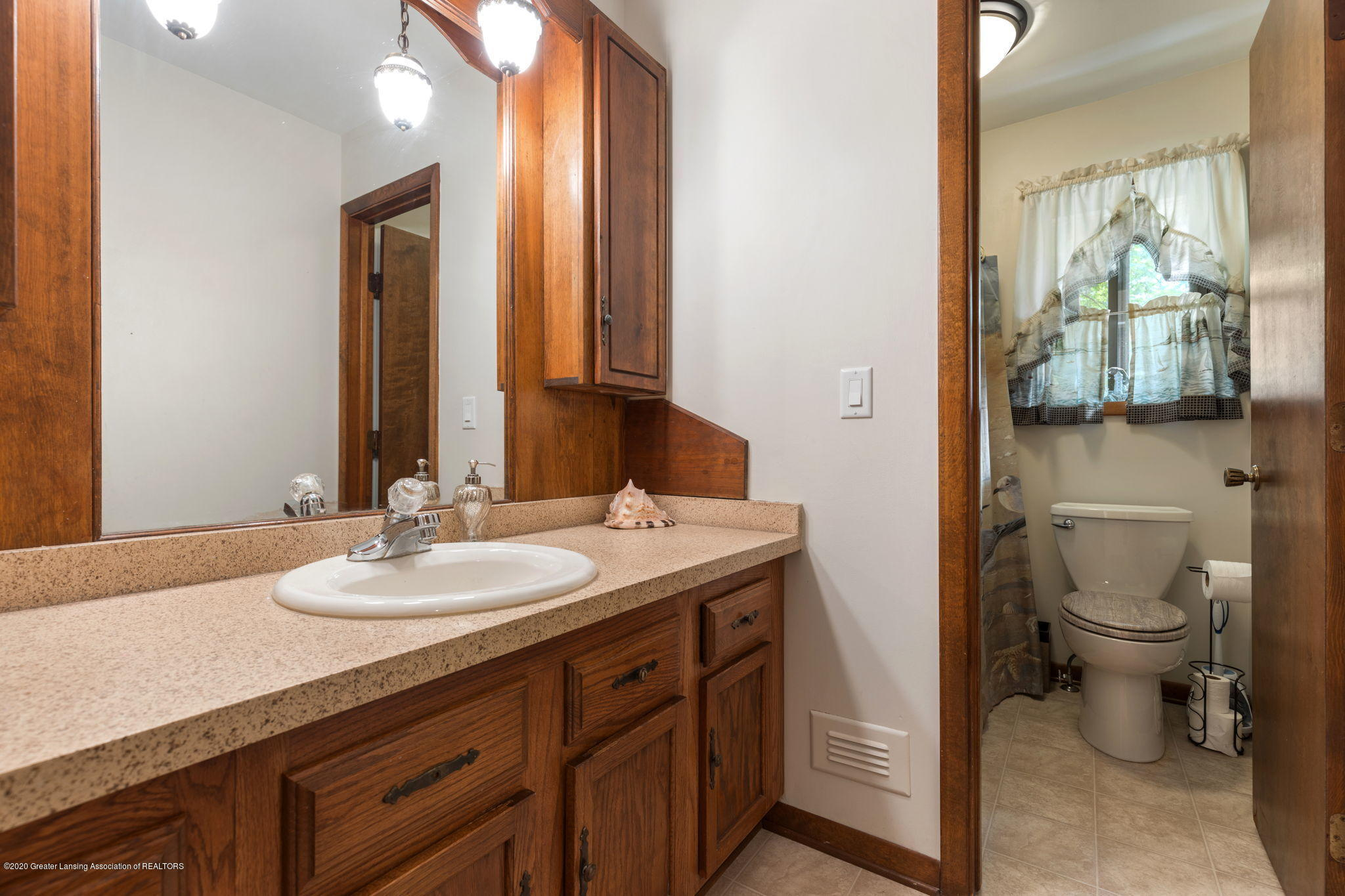 617 Green St - 21-web-or-mls-1P6A9468 - 21