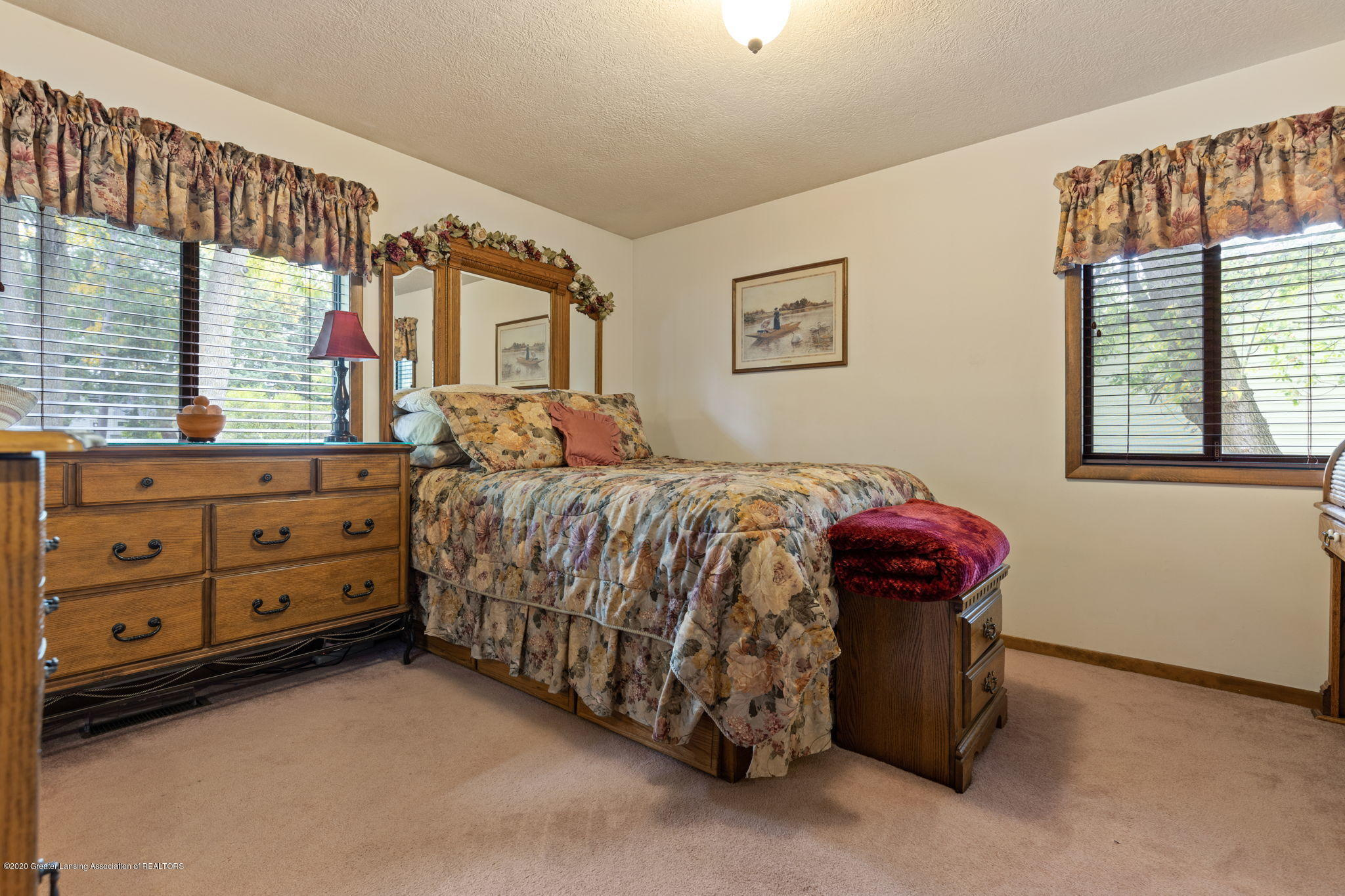 617 Green St - 22-web-or-mls-1P6A9471 - 19