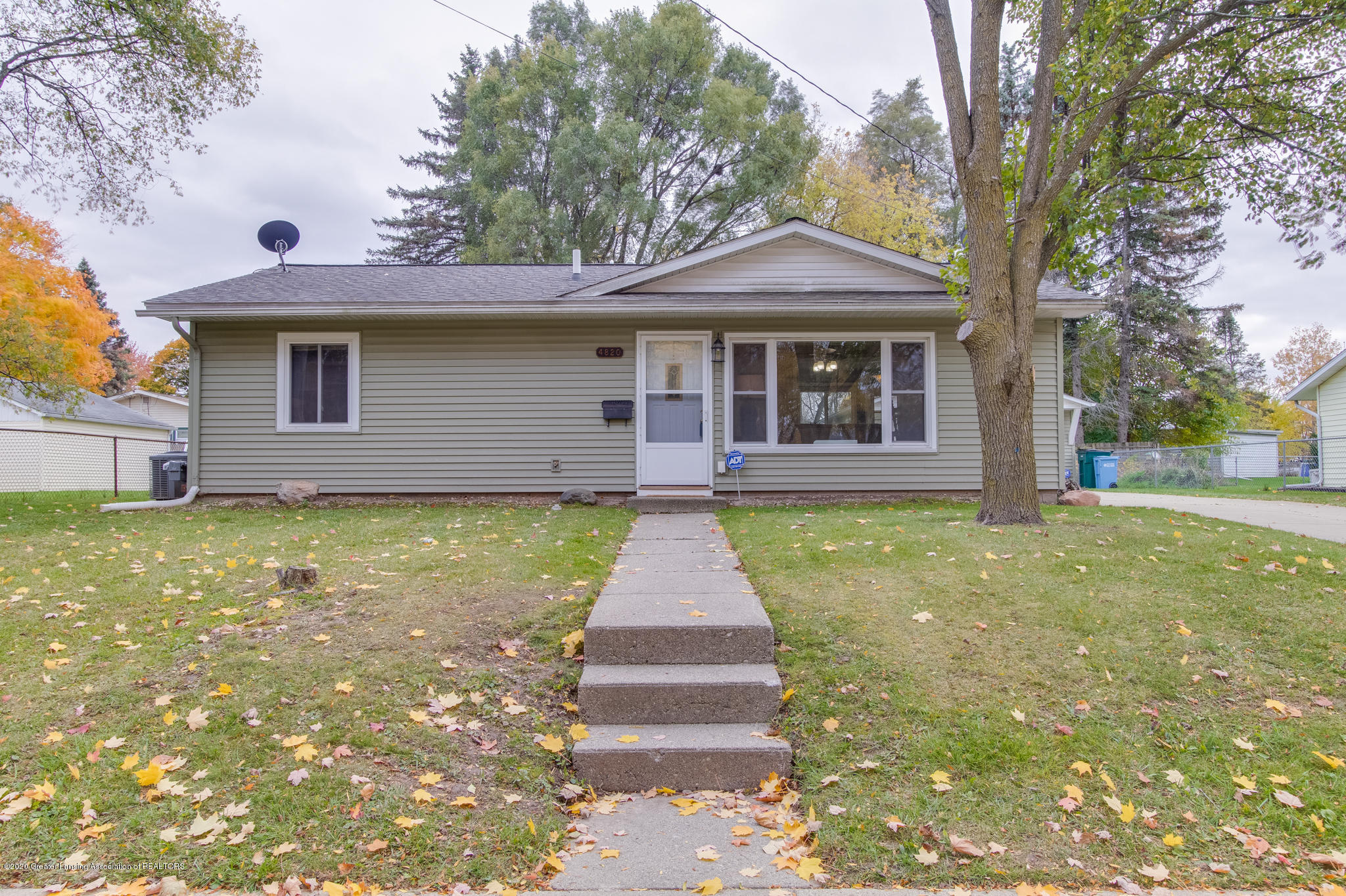 4820 Laurie Ln - Front - 1