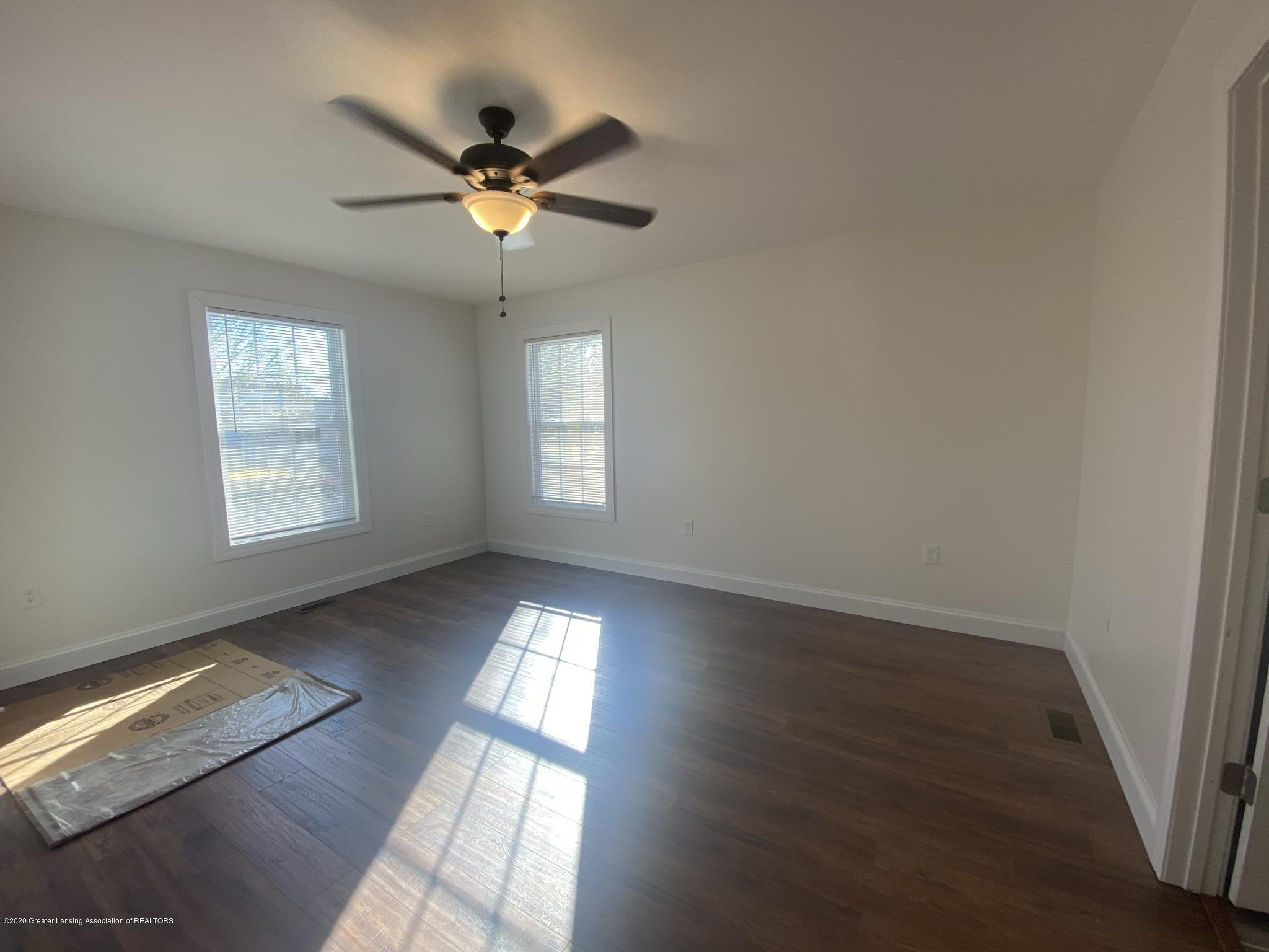 422 Merritt St - IMG_2863 - 7