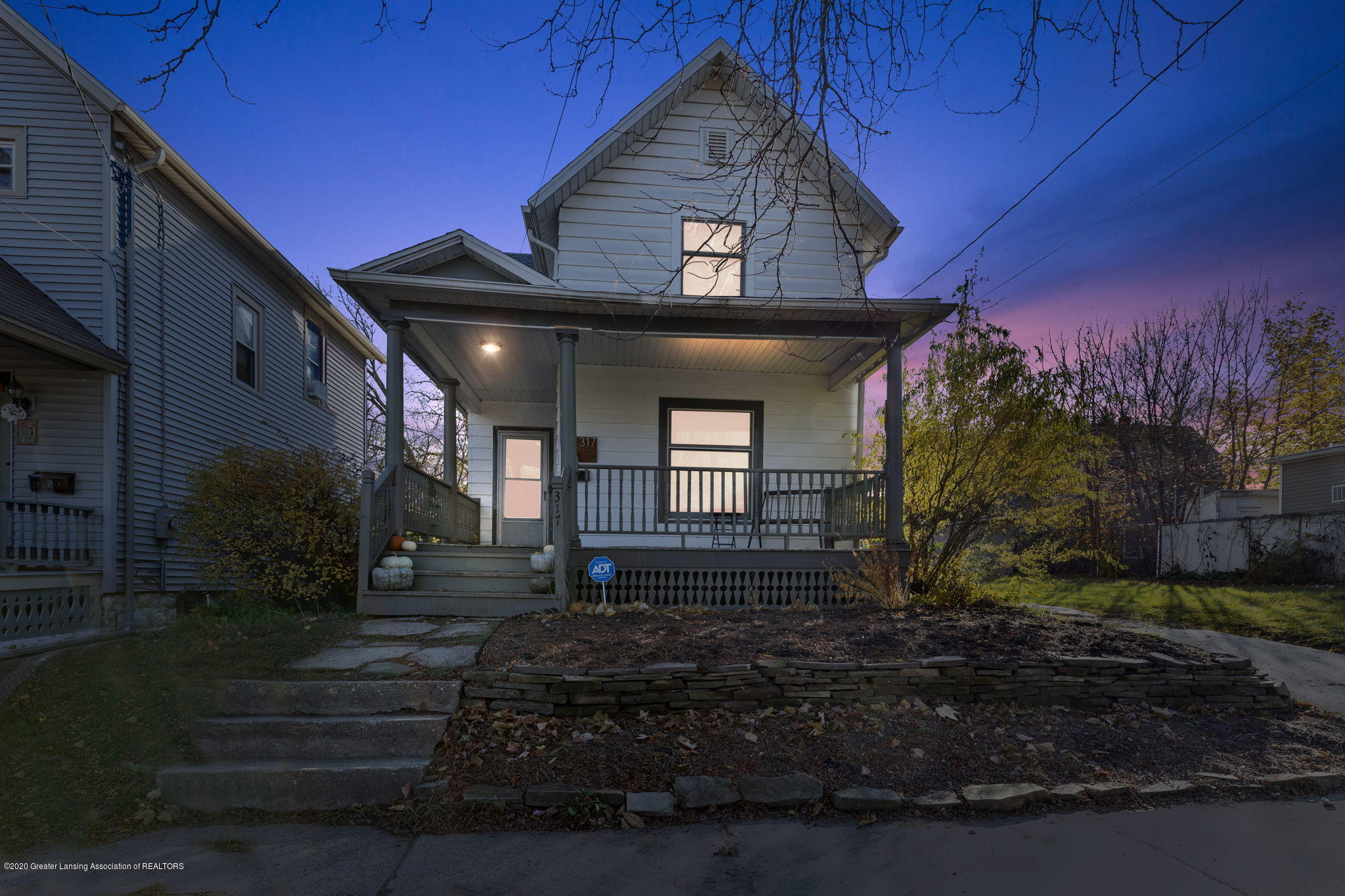 317 W Madison St - 1-web-or-mls-1P6A2603 - DTE - 1